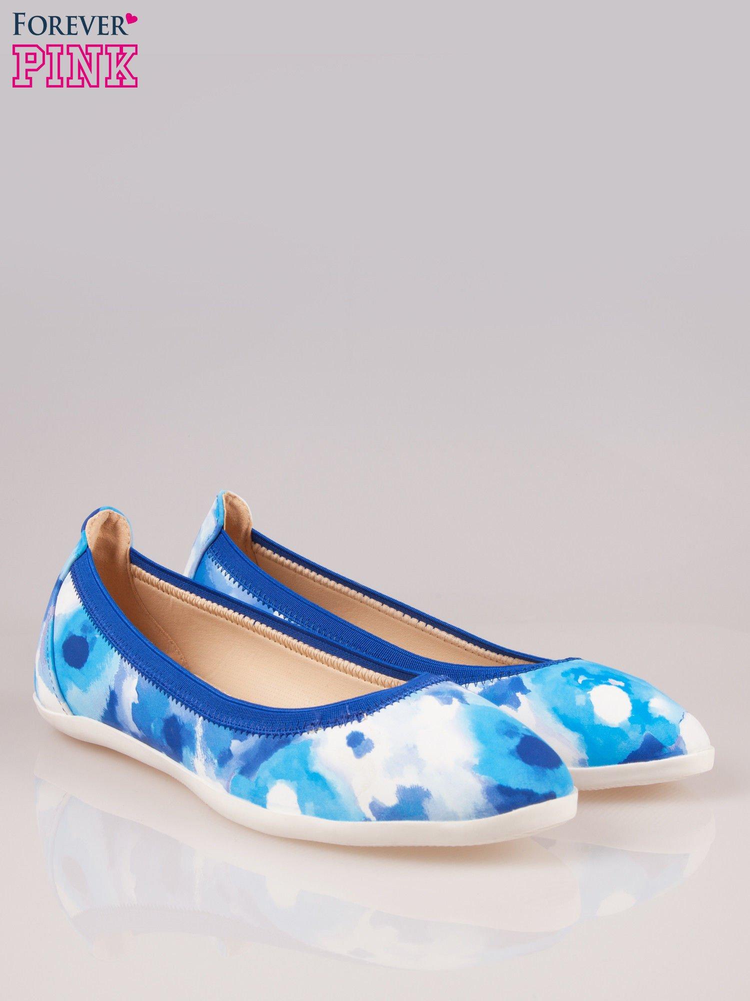 Niebiesko-białe kwiatowe baleriny Lily na gumkę                                  zdj.                                  2