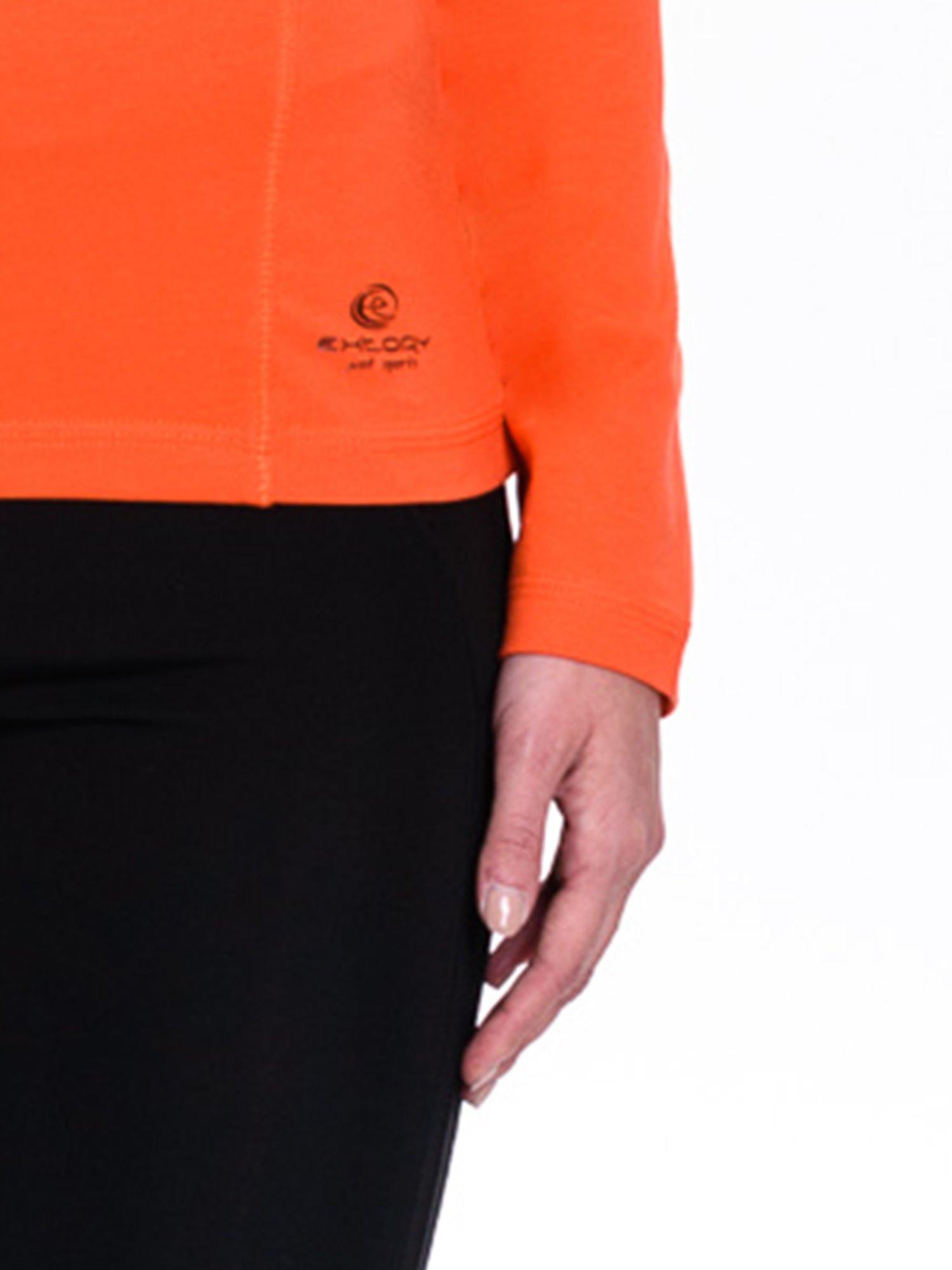 Pomarańczowa bluzka sportowa z dekoltem V                                  zdj.                                  5