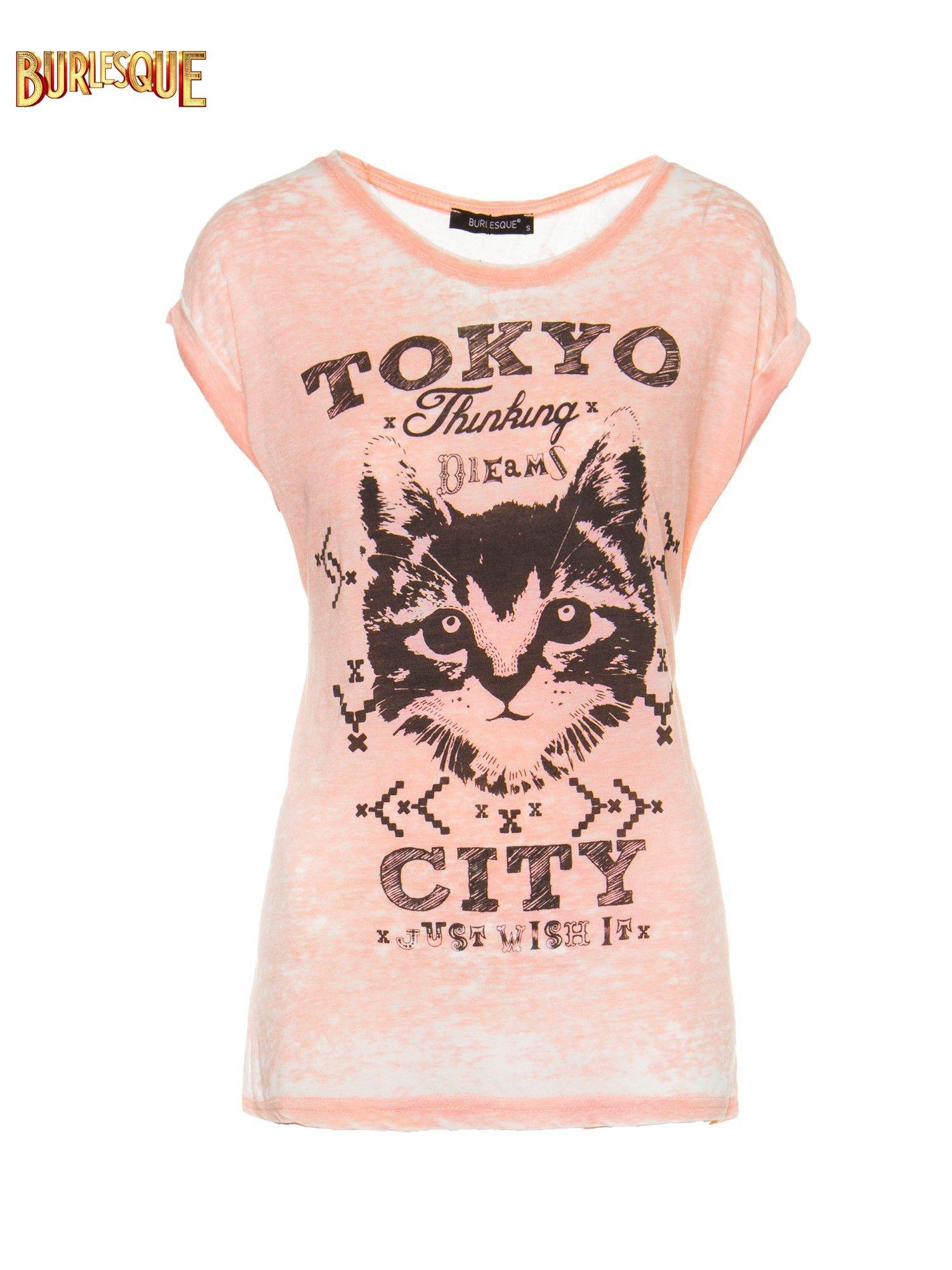 Pomarańczowy t-shirt z kotem i napisem TOKYO CITY                                  zdj.                                  6