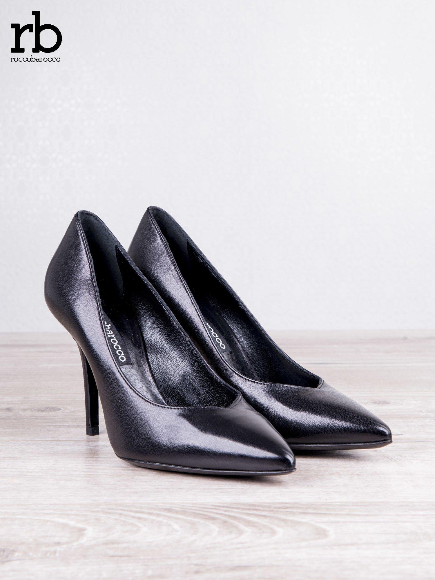 ROCCOBAROCCO czarne skórzane szpilki grain leather w szpic                                  zdj.                                  5