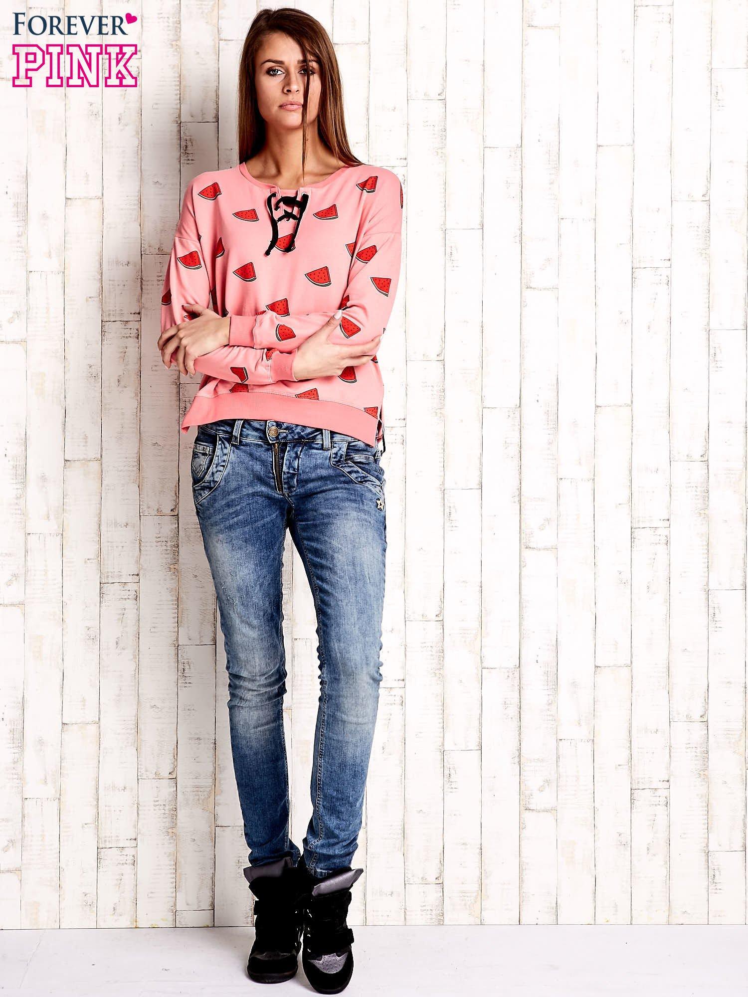 Różowa bluza w arbuzy z wiązaniem                                  zdj.                                  2