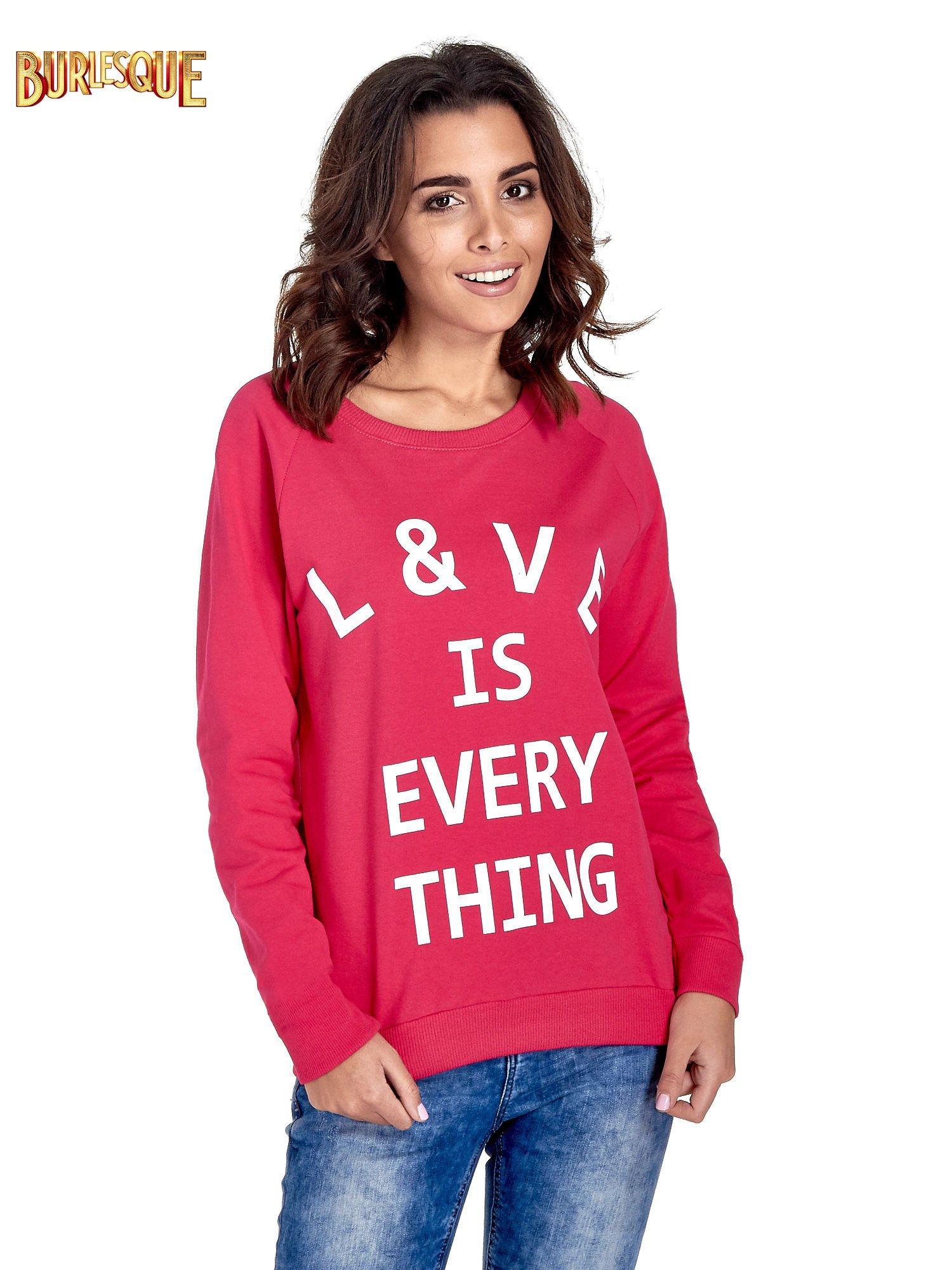 Różowa klasyczna damska bluza z napisem LOVE IS EVERYTHING                                  zdj.                                  1