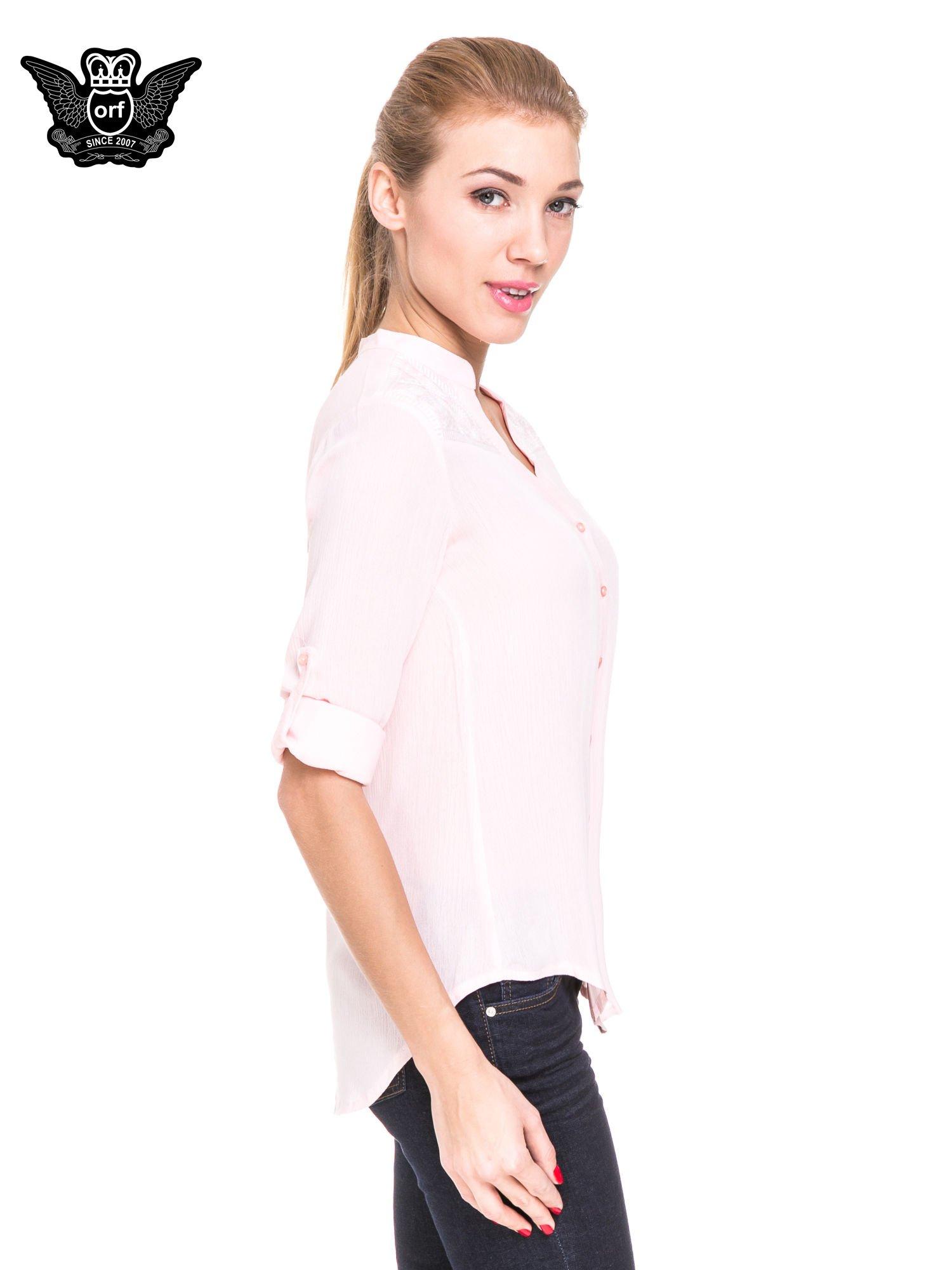 Różowa koszula damska z haftem na ramionach                                  zdj.                                  5