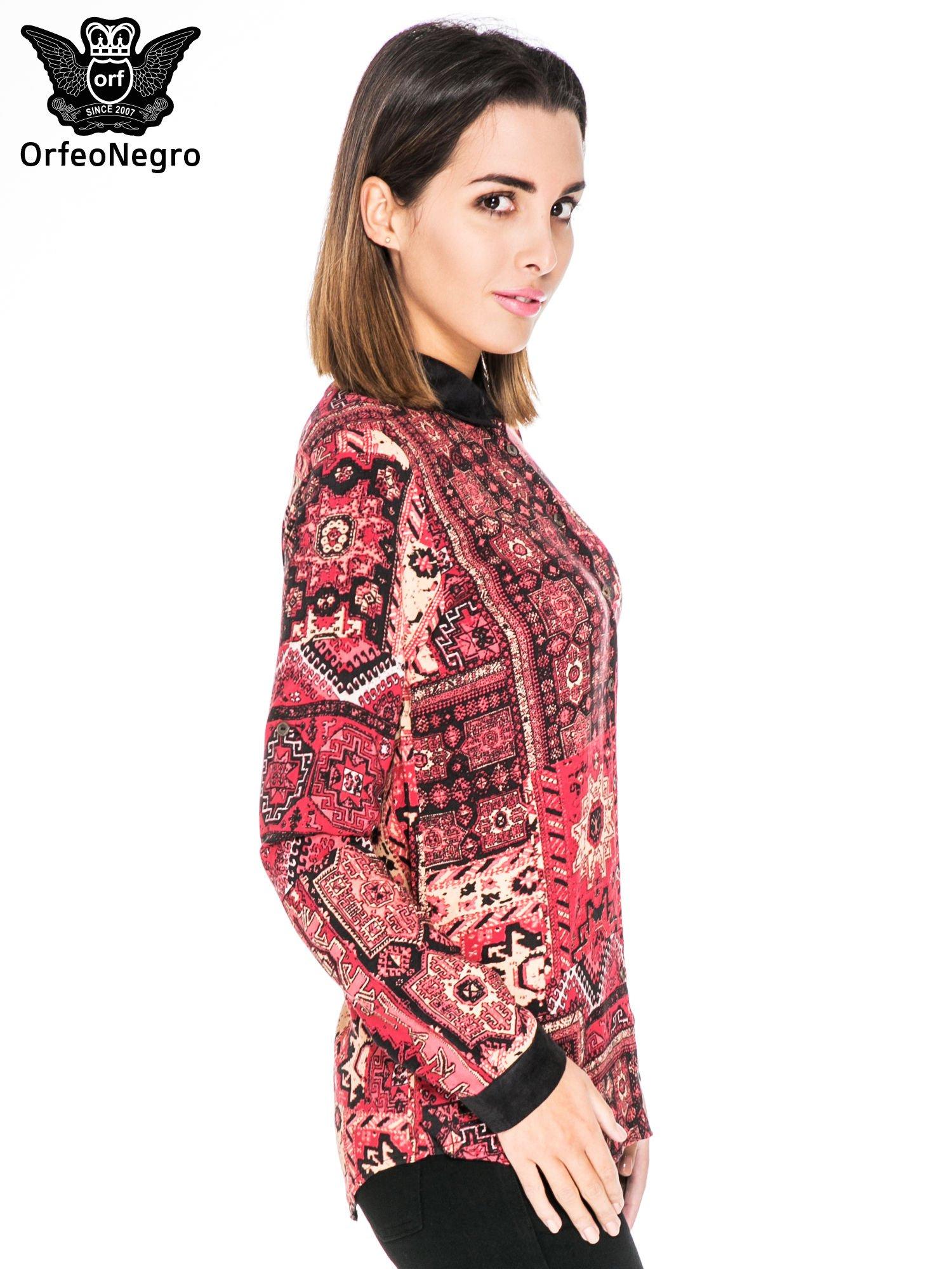 Różowa koszula we wzór etno z czarnym kołnierzykiem i mankietami                                  zdj.                                  3