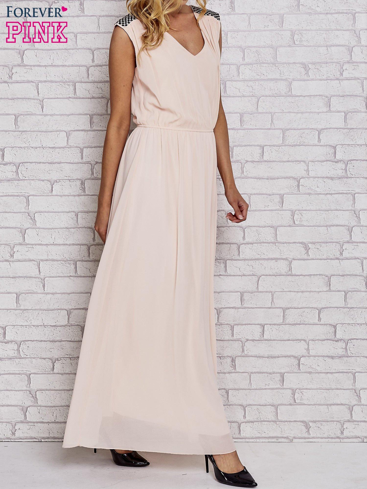 Różowa sukienka maxi z pagonami z dżetów                                  zdj.                                  3