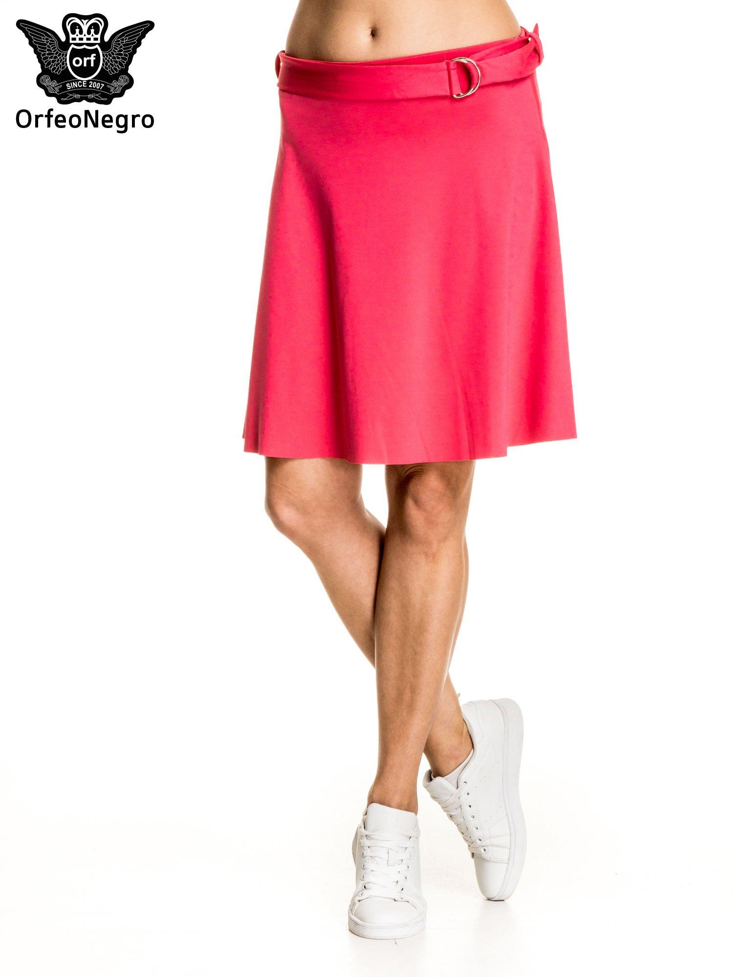 Różowa trapezowa spódnica z paskiem z klamrą                                  zdj.                                  1