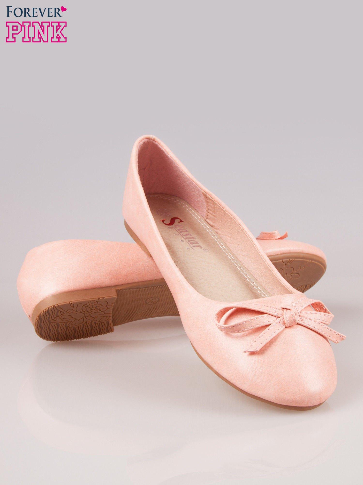 Różowe klasyczne balerinki z kokardką                                  zdj.                                  4