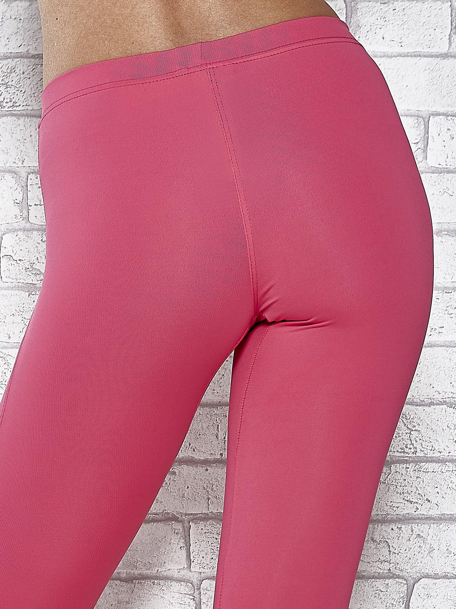 Różowe legginsy sportowe z dżetami na dole nogawki                                  zdj.                                  5