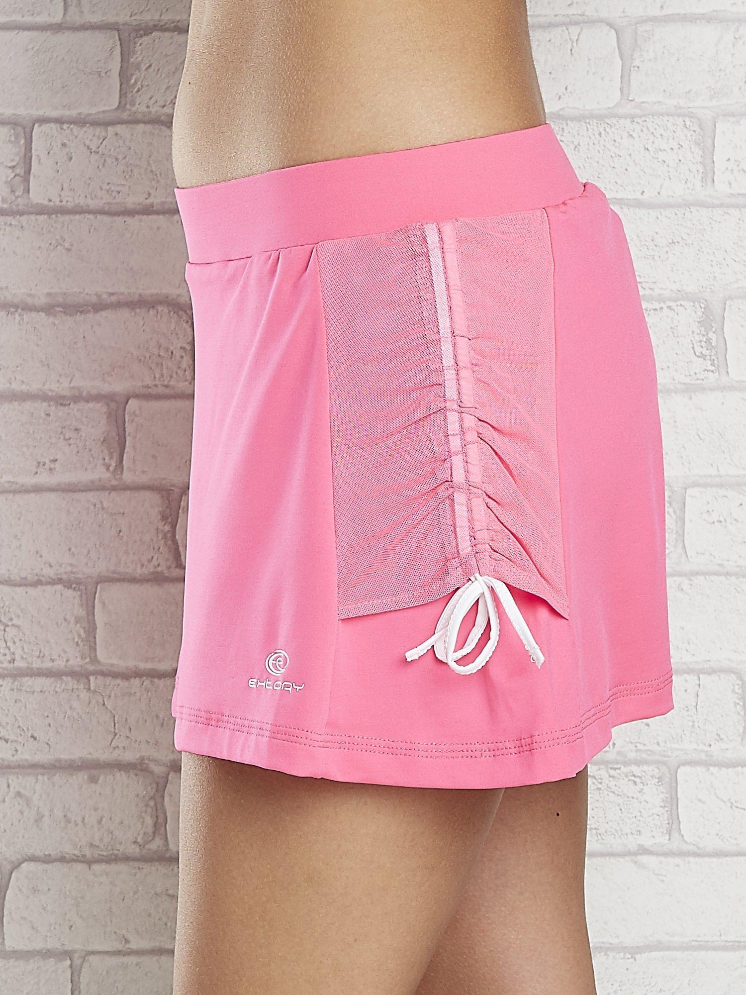 Różowe spodenki spódniczka tenisowa z troczkami na bokach                                  zdj.                                  4