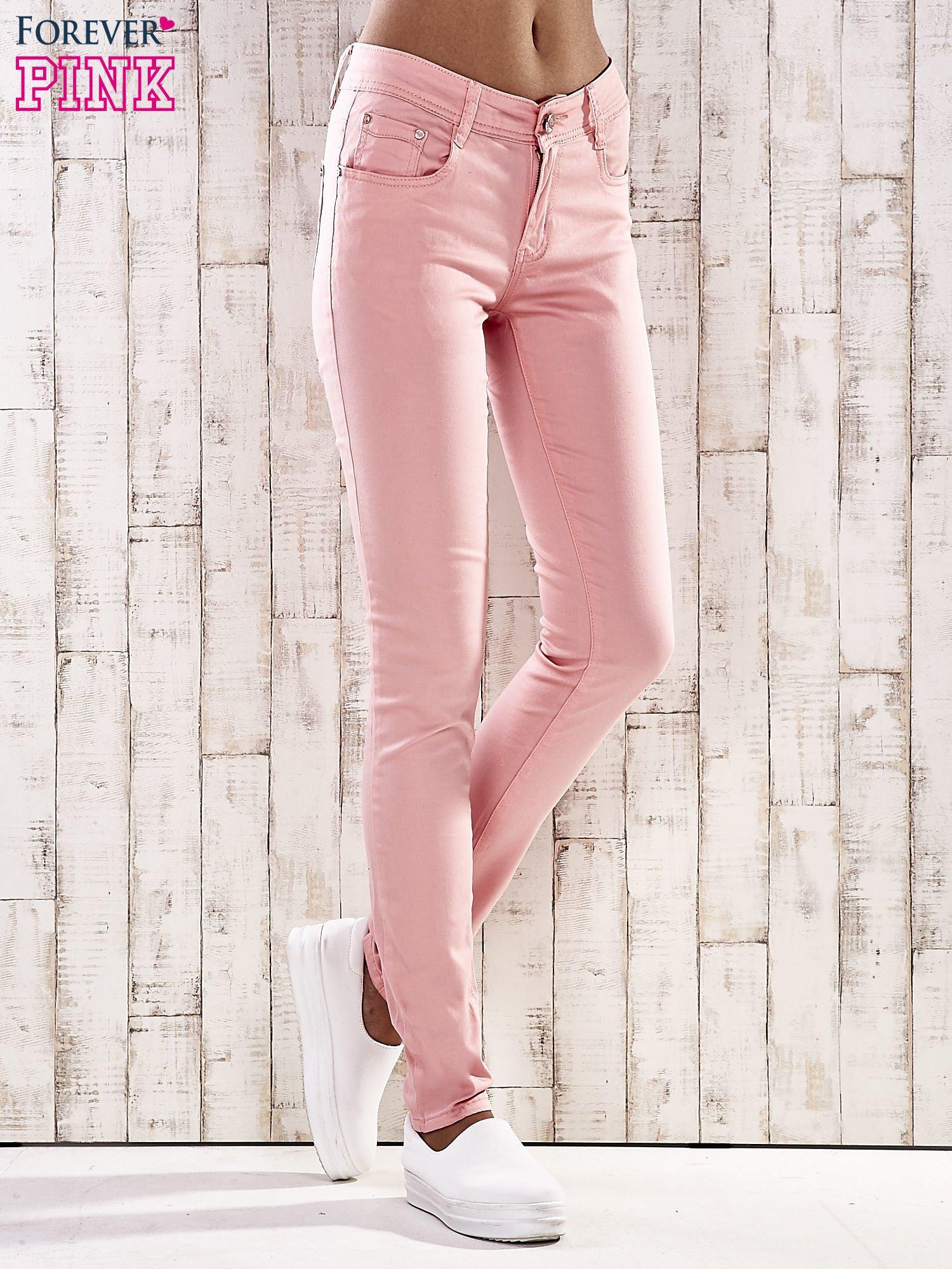 Różowe spodnie skinny jeans z wyższym stanem                                  zdj.                                  1