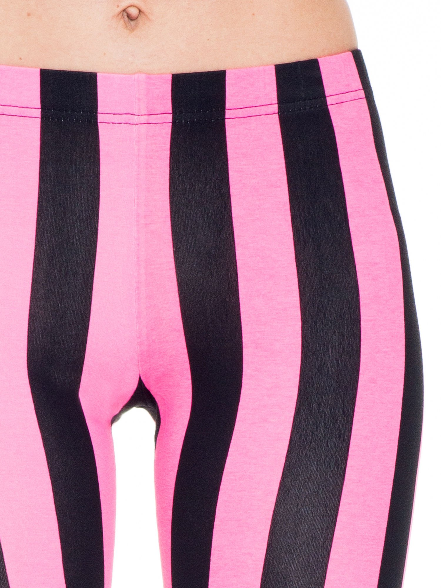 Różowo-czarne wyszczuplające legginsy w pionowe paski                                  zdj.                                  5