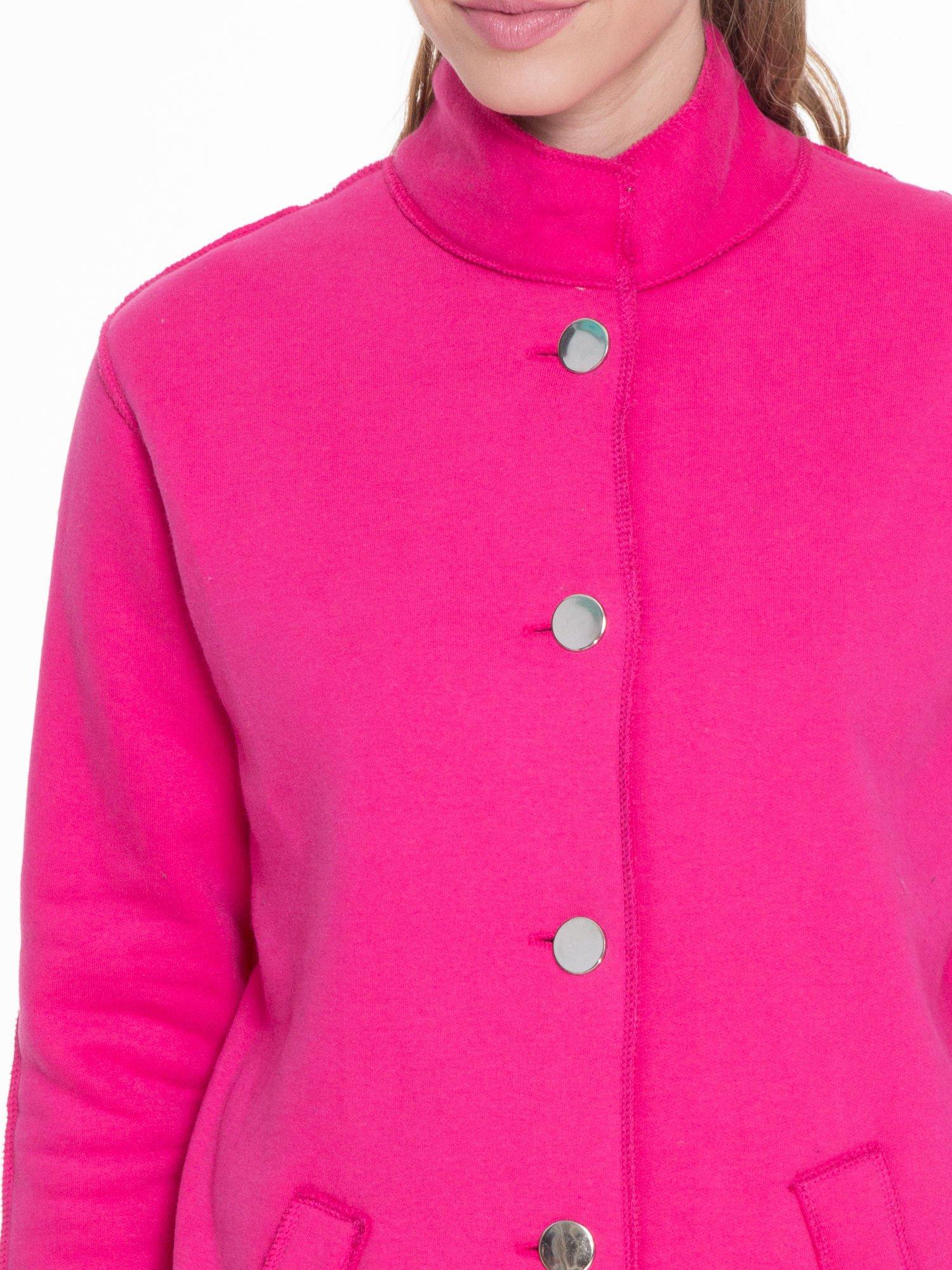 Różowy dresowy płaszcz o kroju oversize                                  zdj.                                  5