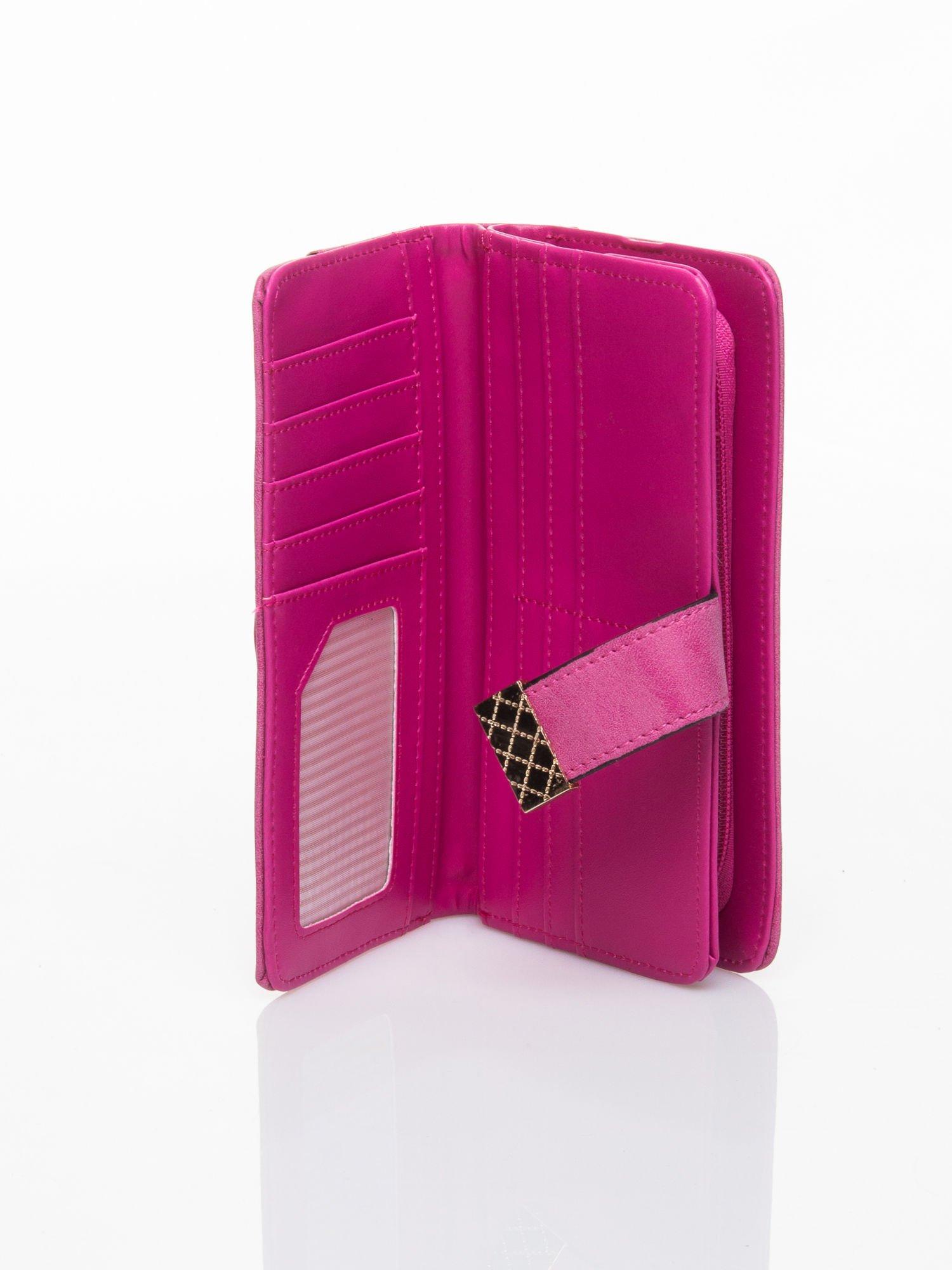 Różowy portfel z plecionką                                  zdj.                                  4