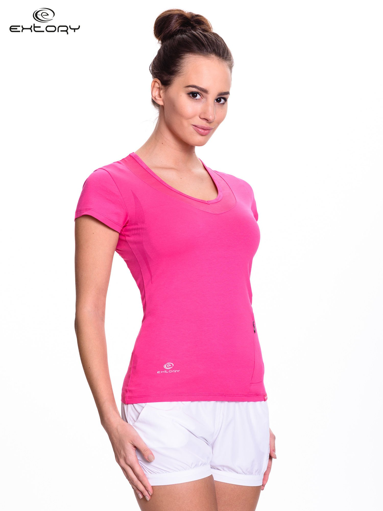 Różowy t-shirt sportowy z przeszyciem przy dekolcie i kieszonką                                  zdj.                                  3