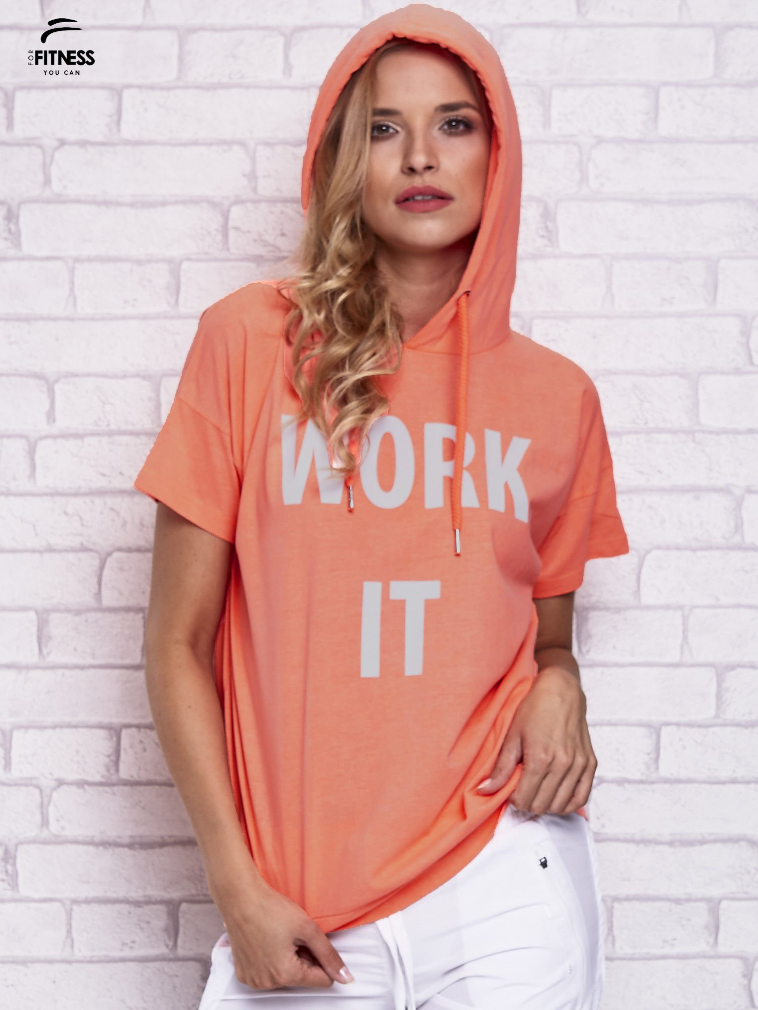 Różowy t-shirt z kapturem i napisem WORK IT                                  zdj.                                  5
