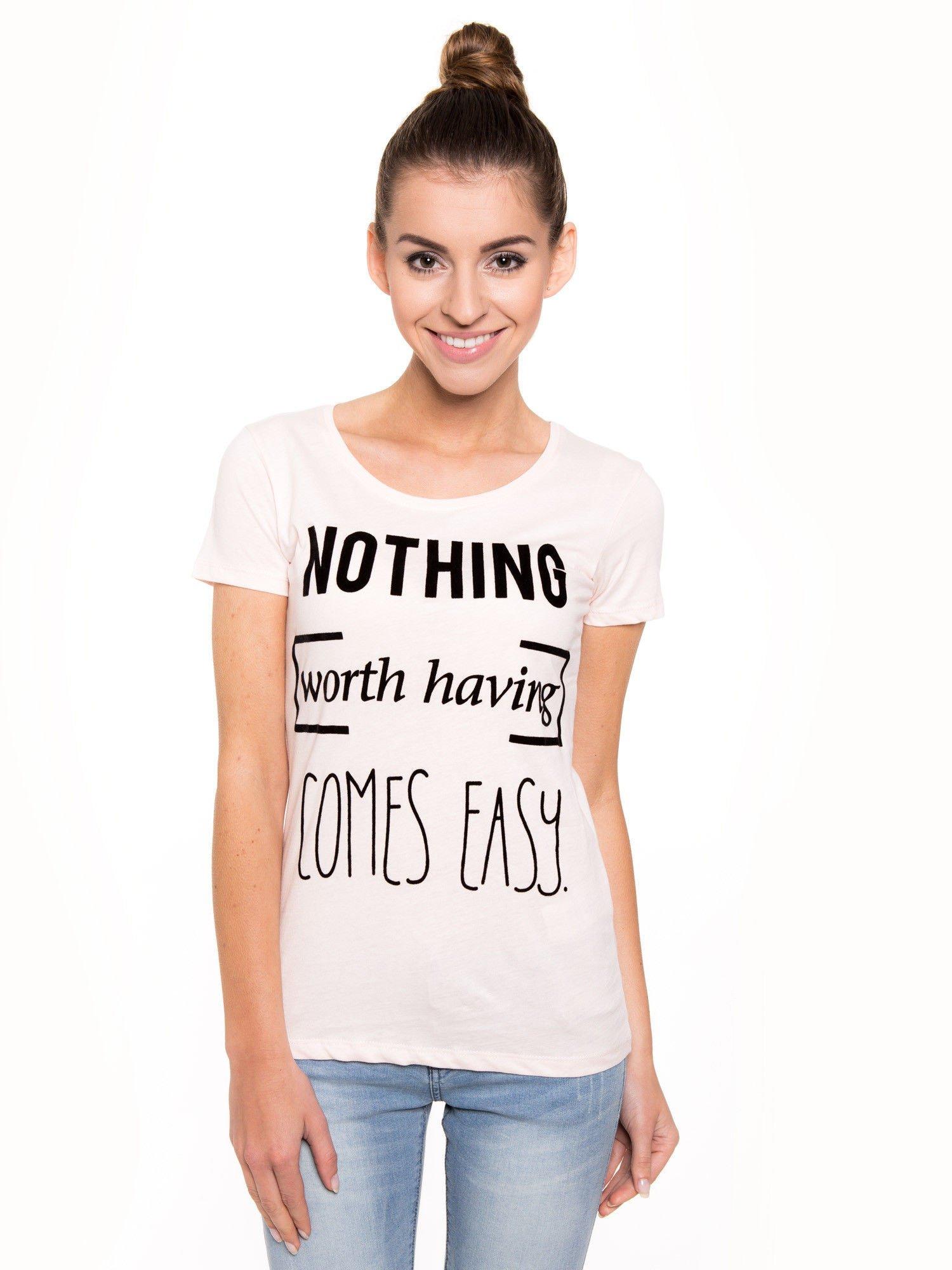 Różowy t-shirt z nadrukiem                                  zdj.                                  2