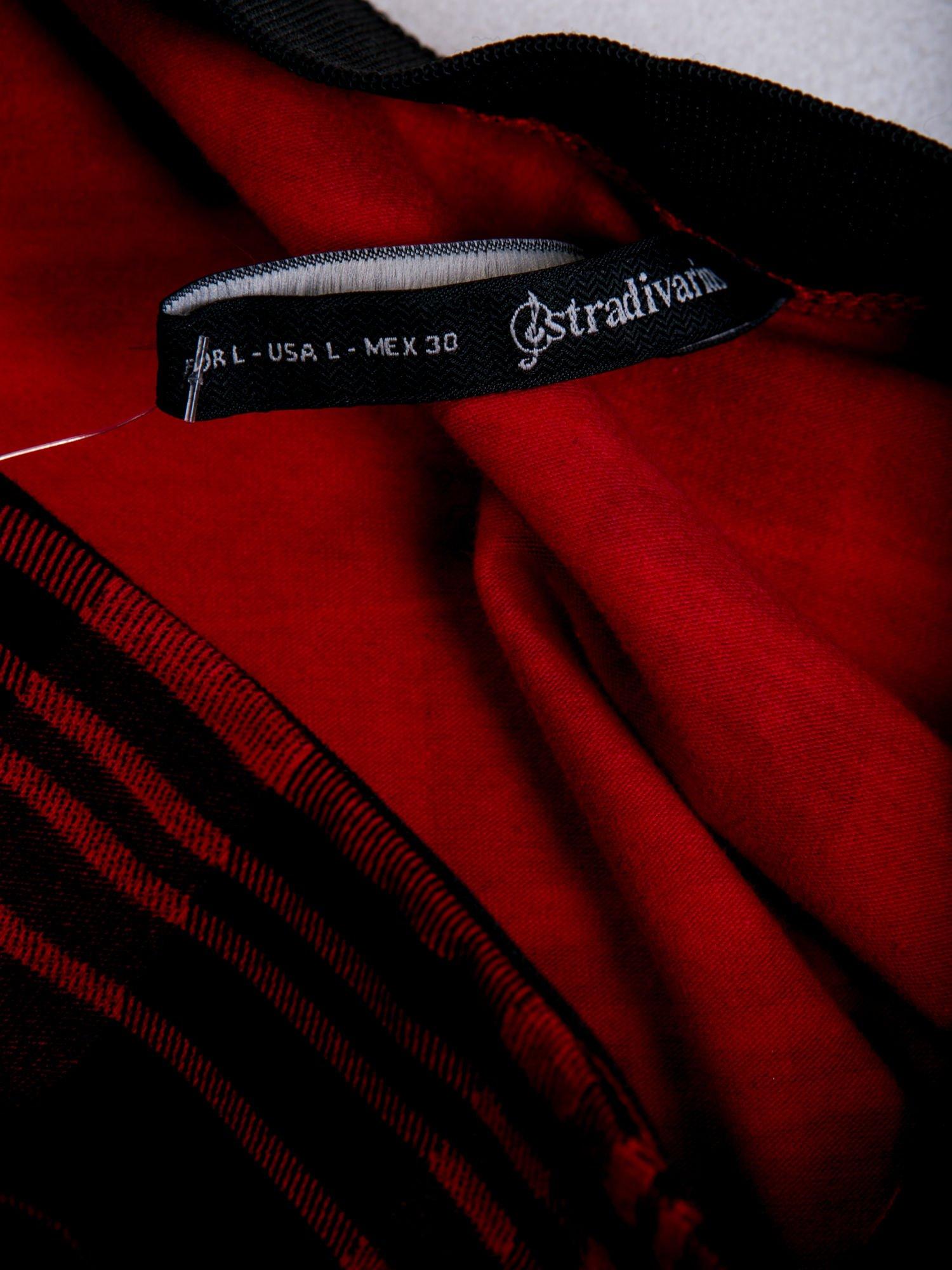 STRADIVARIUS Czerwona mini spódnica skater w kratę                                  zdj.                                  3
