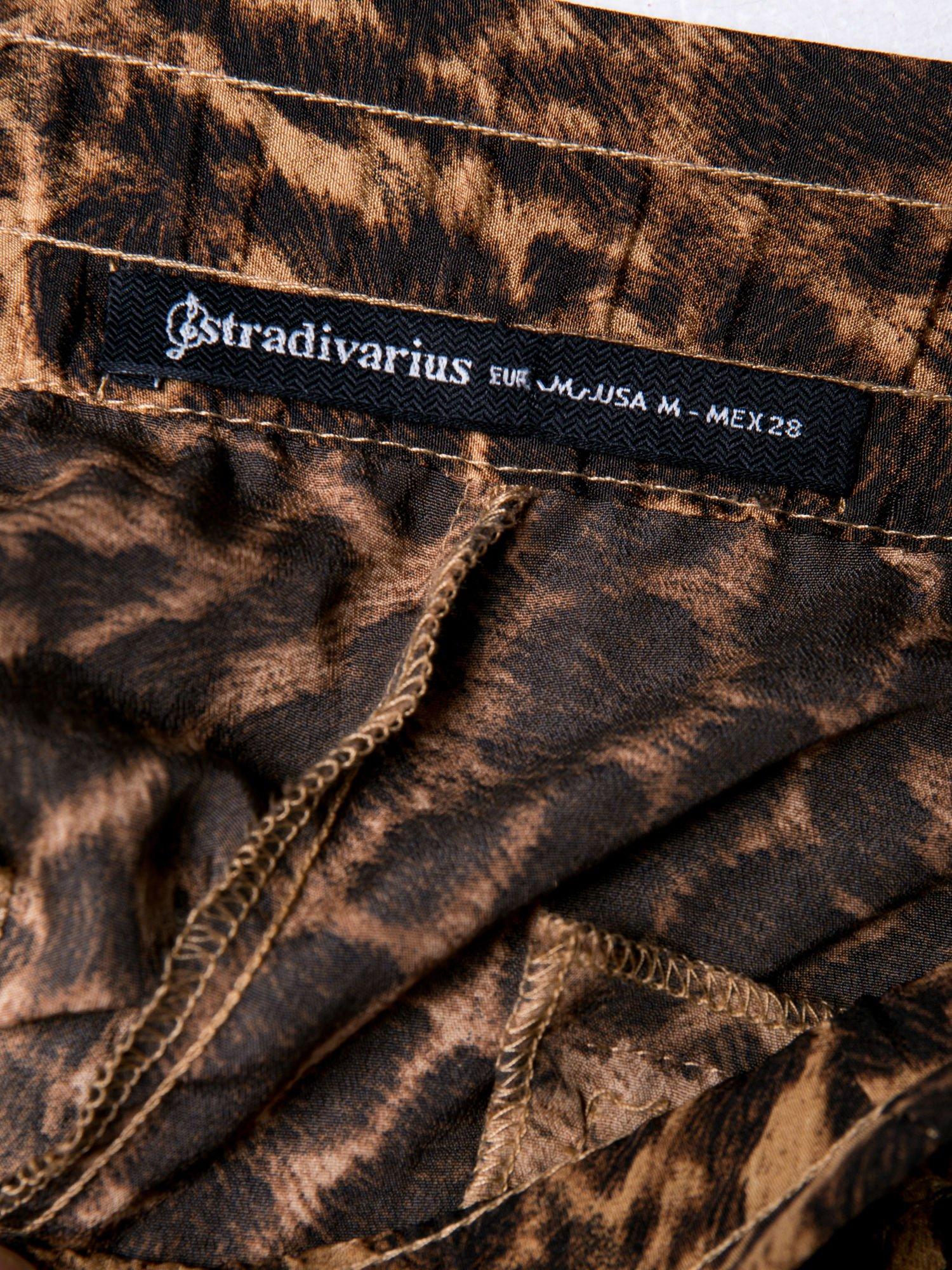 STRADIVARIUS Panterkowe spodnie z lejącej tkaniny                                  zdj.                                  3