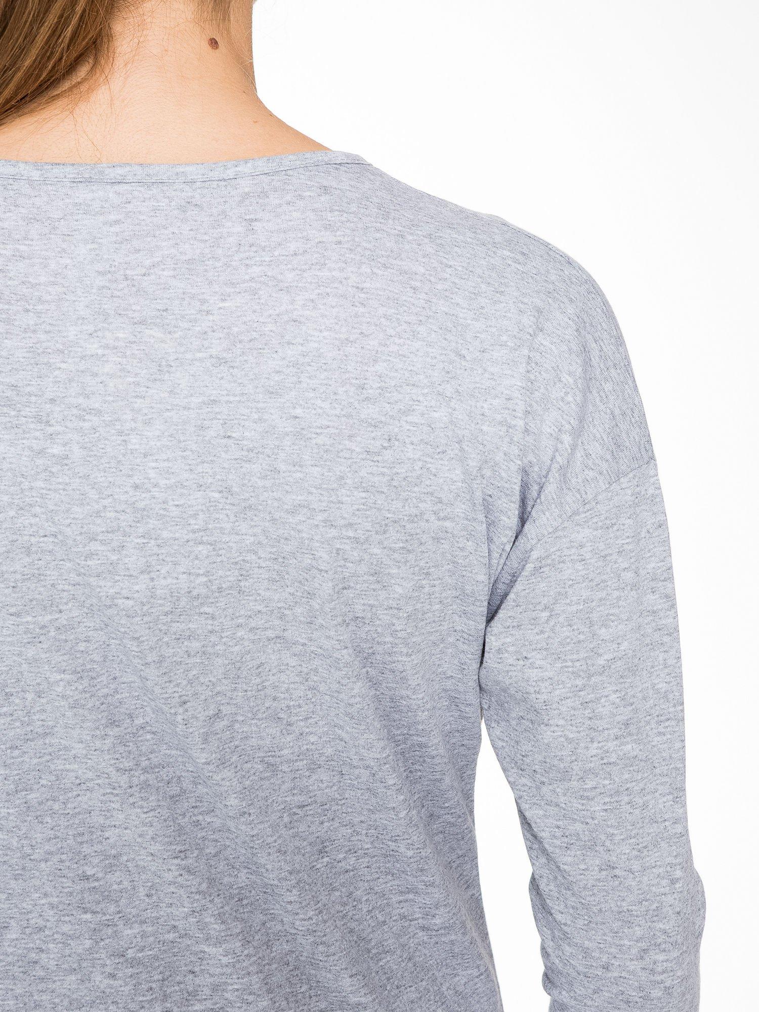 Szara bluzka w stylu fashion                                  zdj.                                  8