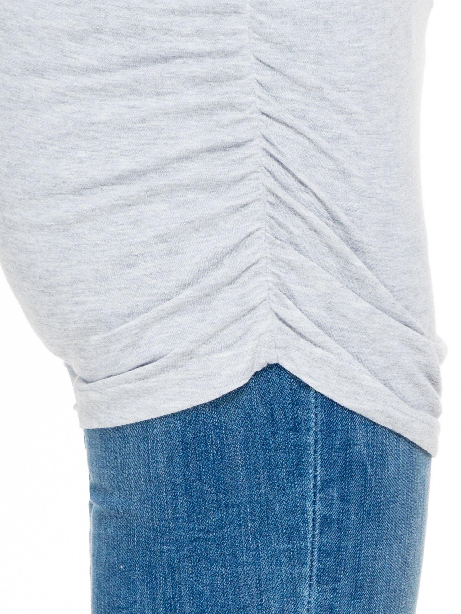 Szara melanżowa bluzka tunika z marszczonym dołem                                  zdj.                                  5
