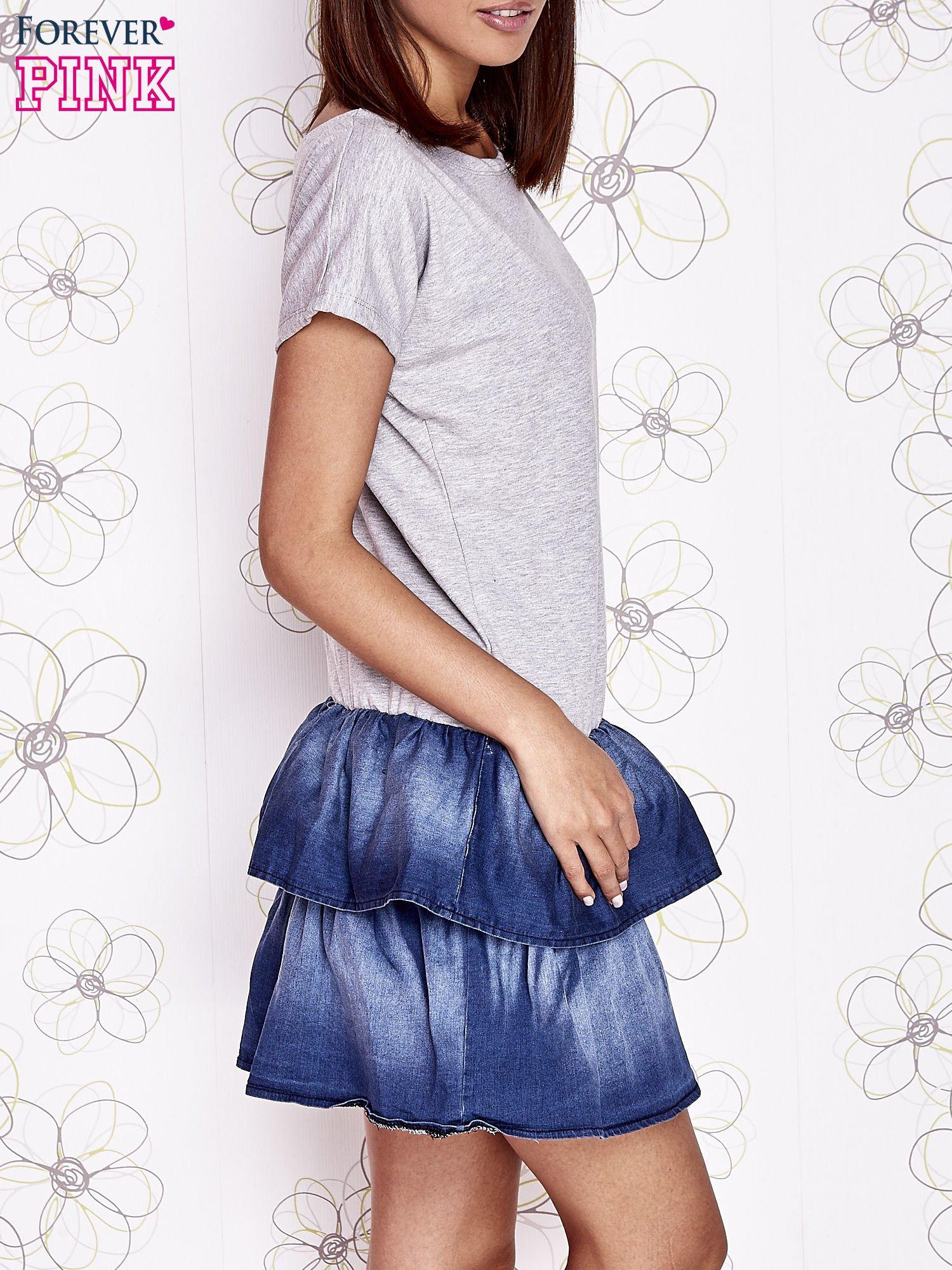 Szara sukienka dresowa z jeansowym dołem                                  zdj.                                  3