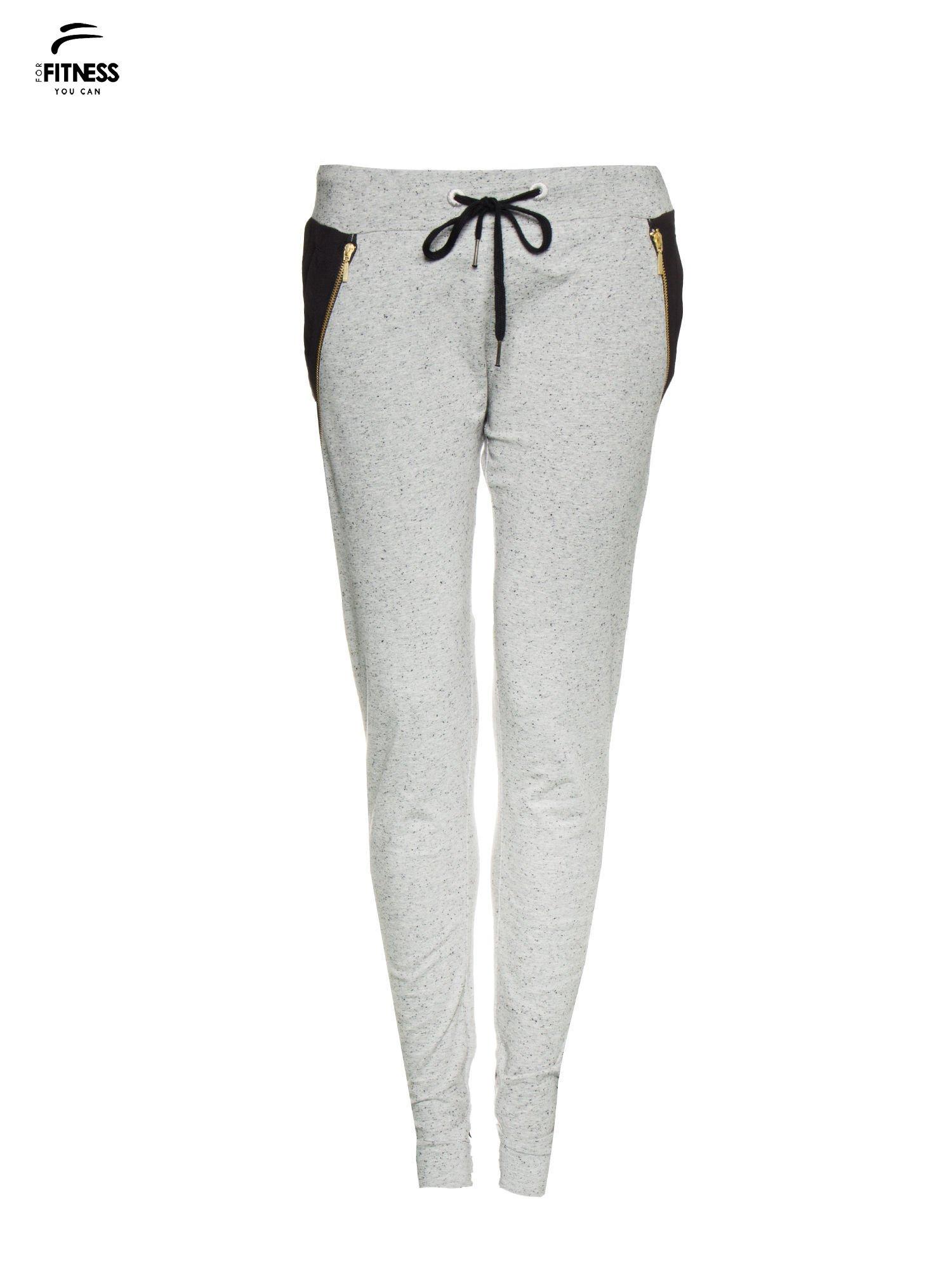 Szare spodnie dresowe damskie z suwakiem i kontrastowymi wstawkami po bokach                                  zdj.                                  5