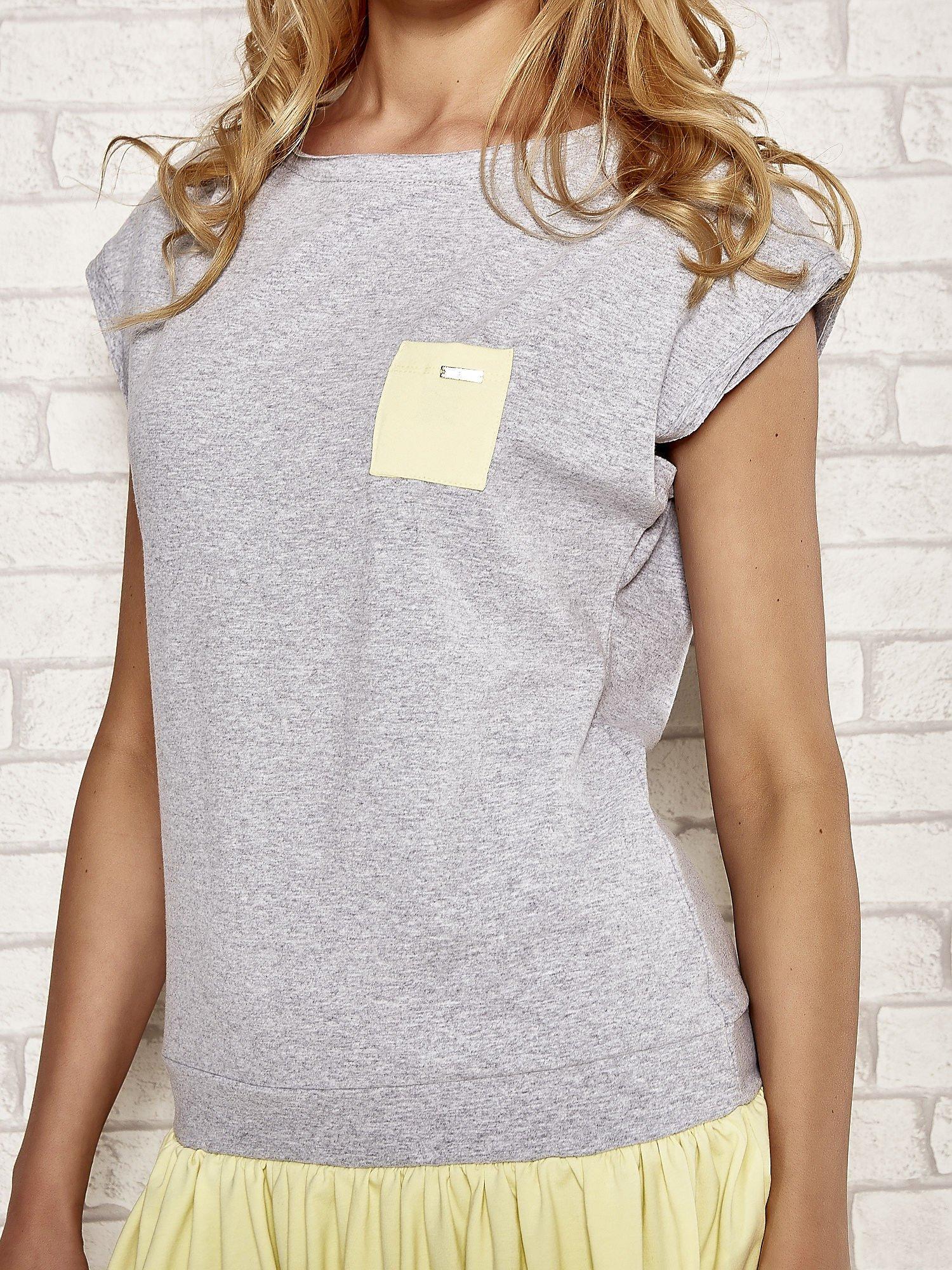 Szaro-żółta dresowa sukienka tenisowa z kieszonką                                  zdj.                                  5