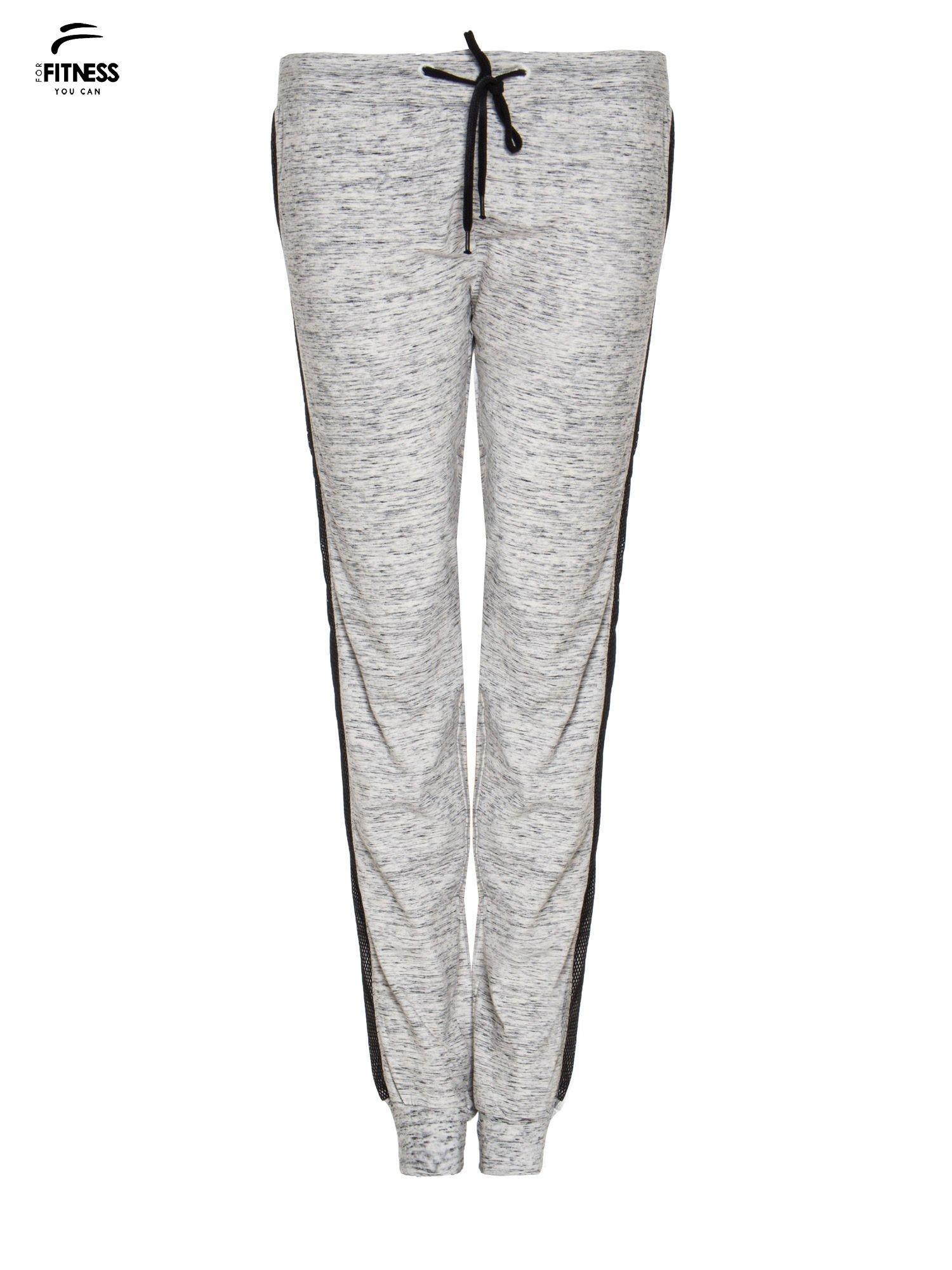 Szaromelanżowe spodnie dresowe z czarnymi lampasami z siateczki                                  zdj.                                  2