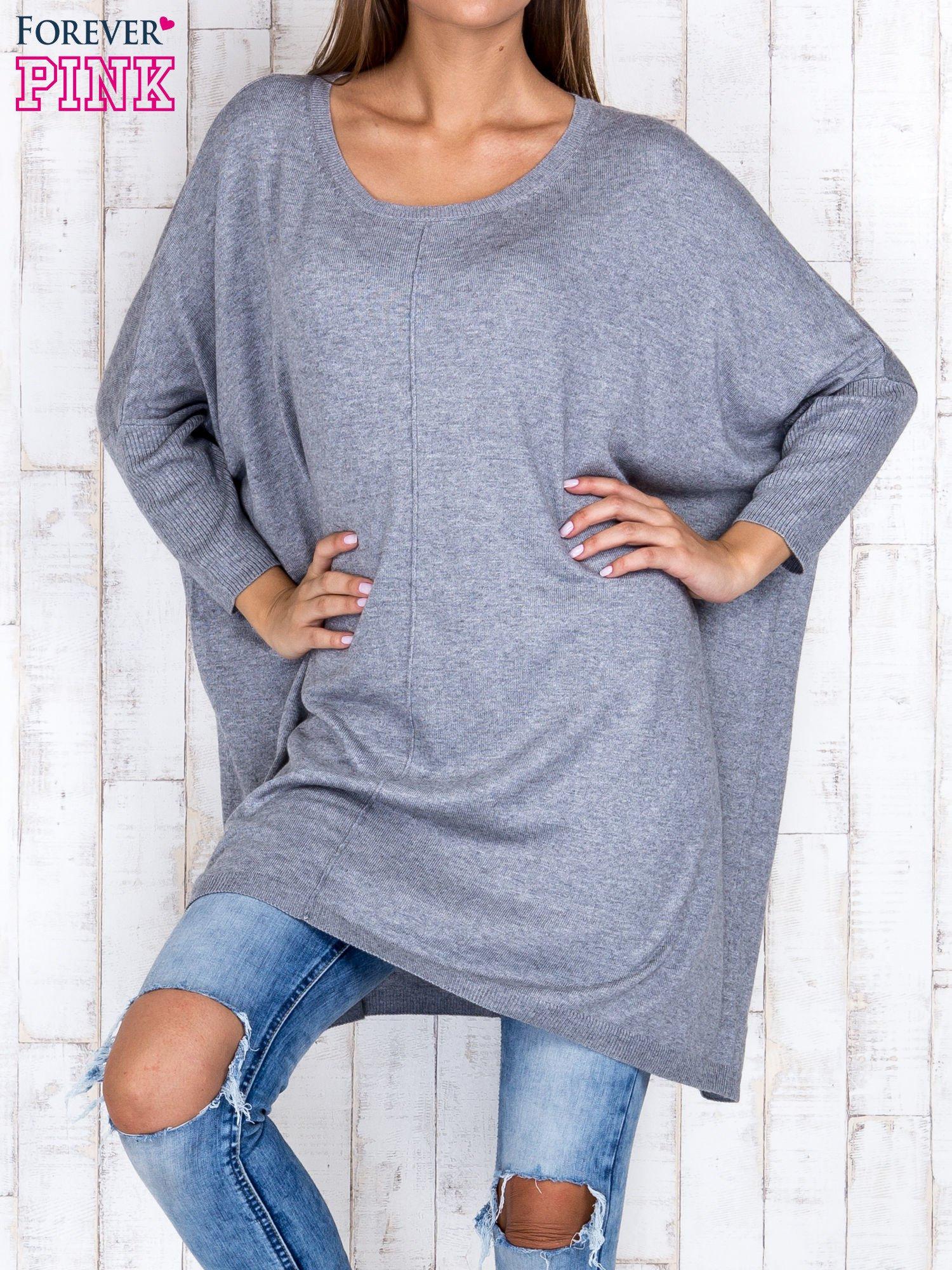Szary długi sweter oversize z nietoperzowymi rękawami                                  zdj.                                  1