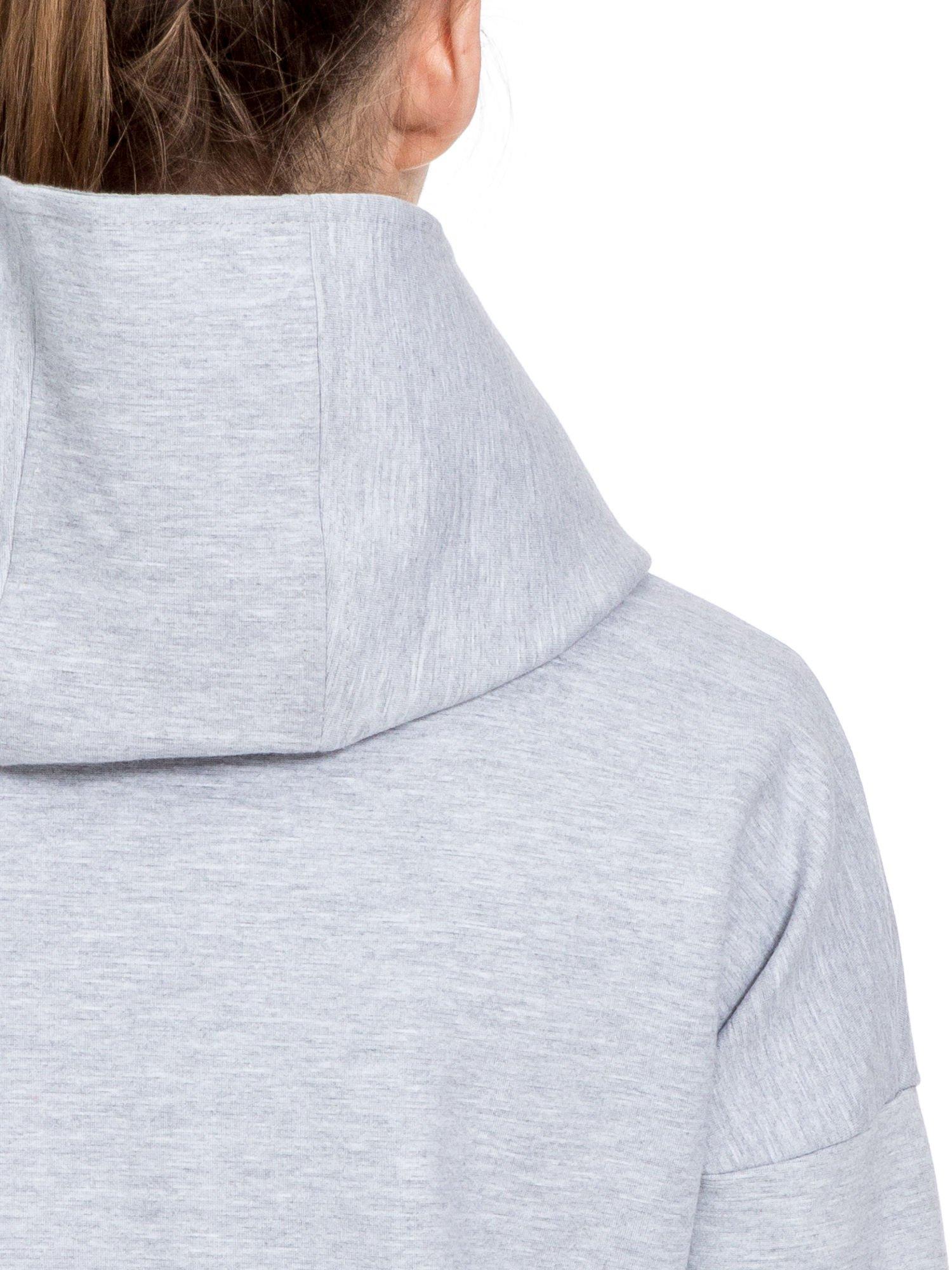 Szary dresowy płaszcz oversize z różową podszewką                                  zdj.                                  6