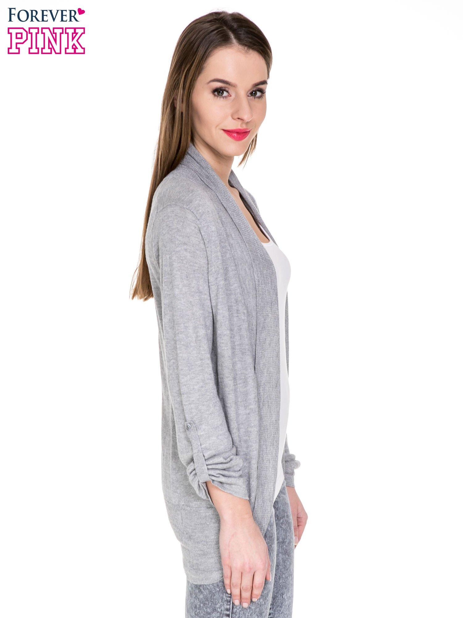 Szary sweter narzutka z wywijanymi rękawami                                  zdj.                                  3