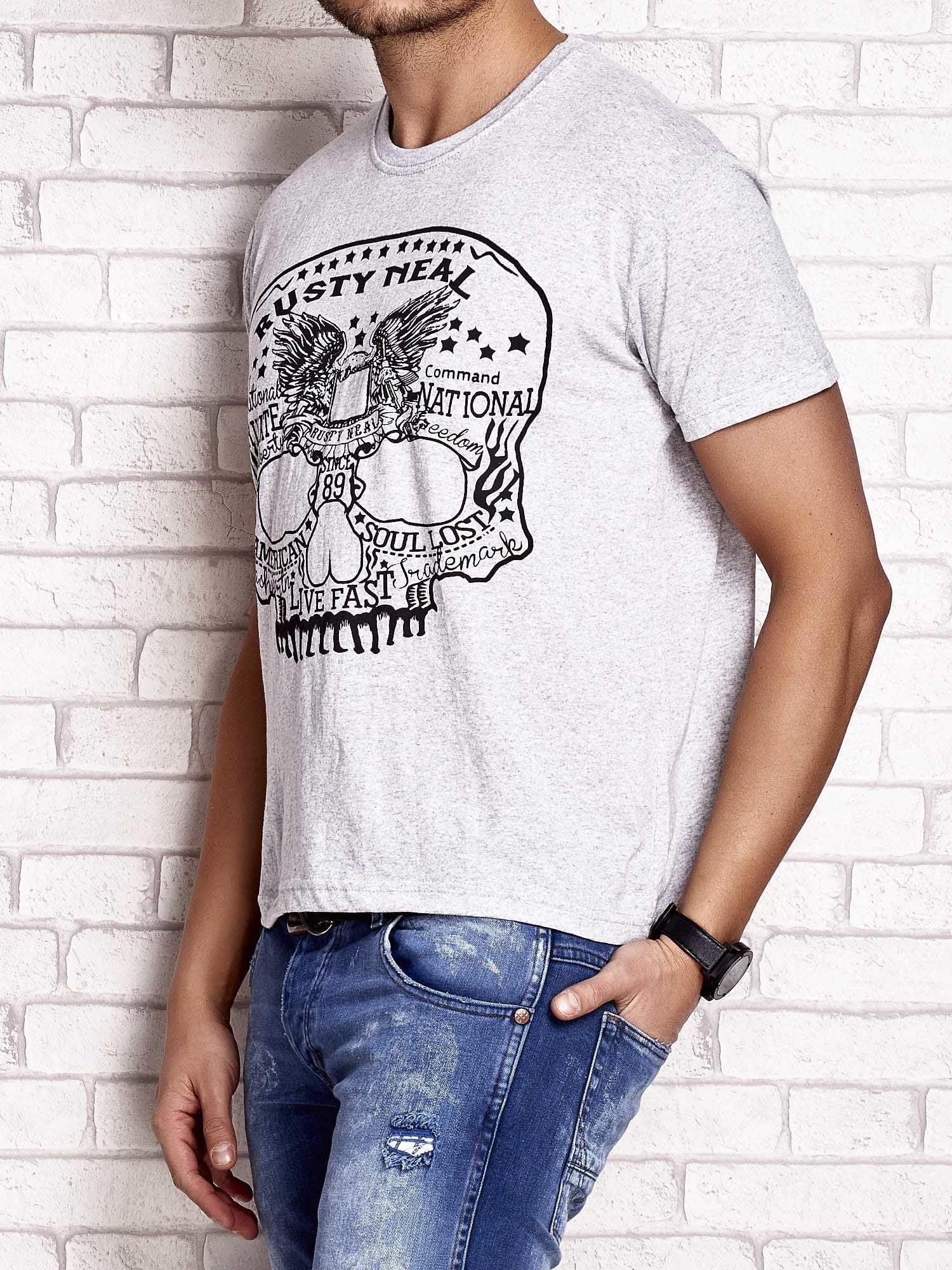 Szary t-shirt męski z nadrukiem czaszki i napisami                                  zdj.                                  3
