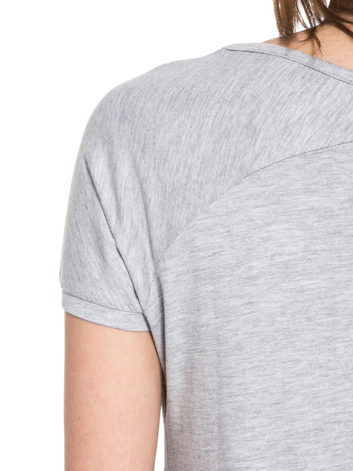 Szary t-shirt z nadrukiem kwiatowym PRETTY GIRL                                  zdj.                                  10