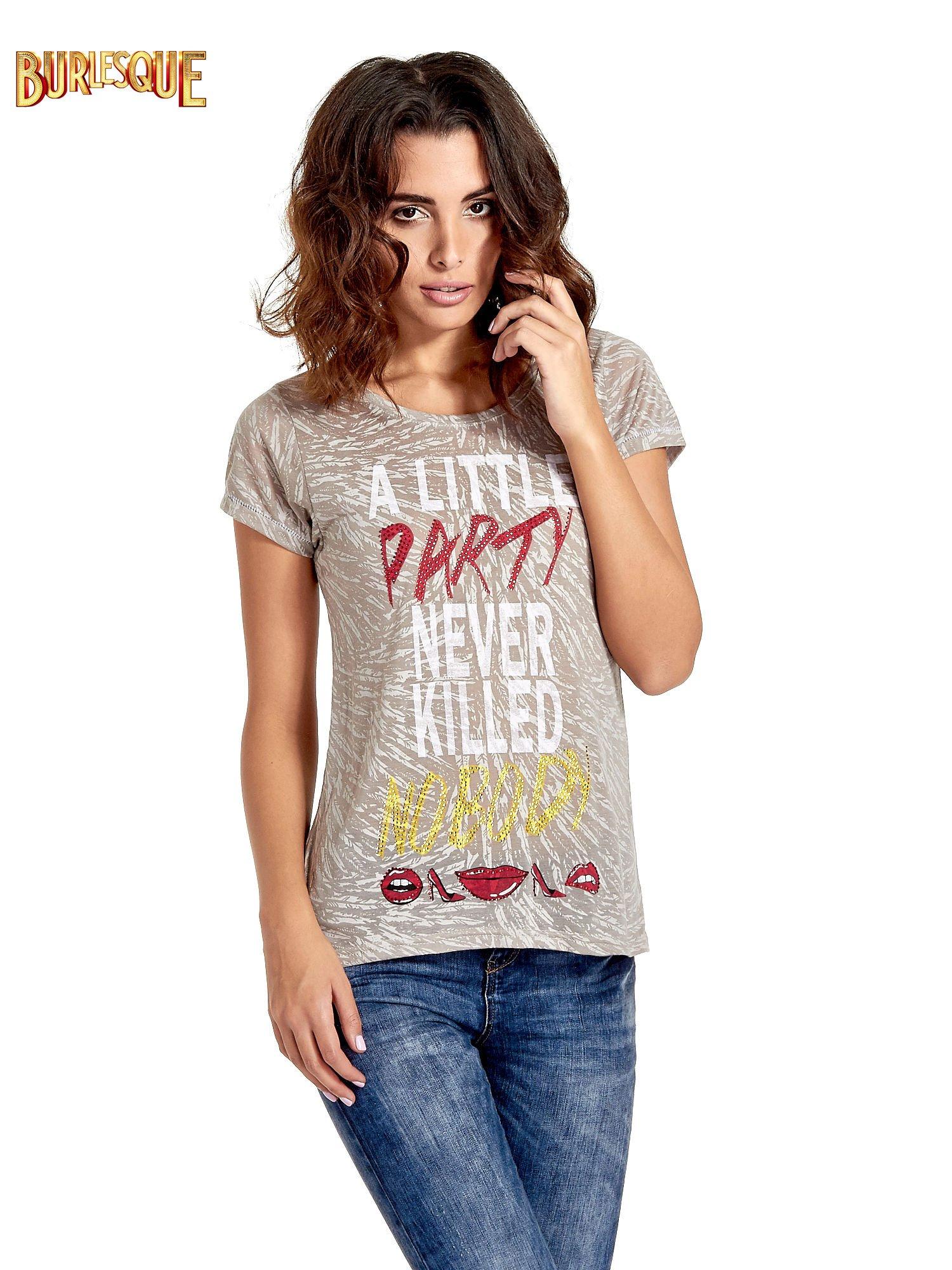Szary t-shirt z napisem A LITTLE PARTY NEVER KILLED NOBODY                                  zdj.                                  1