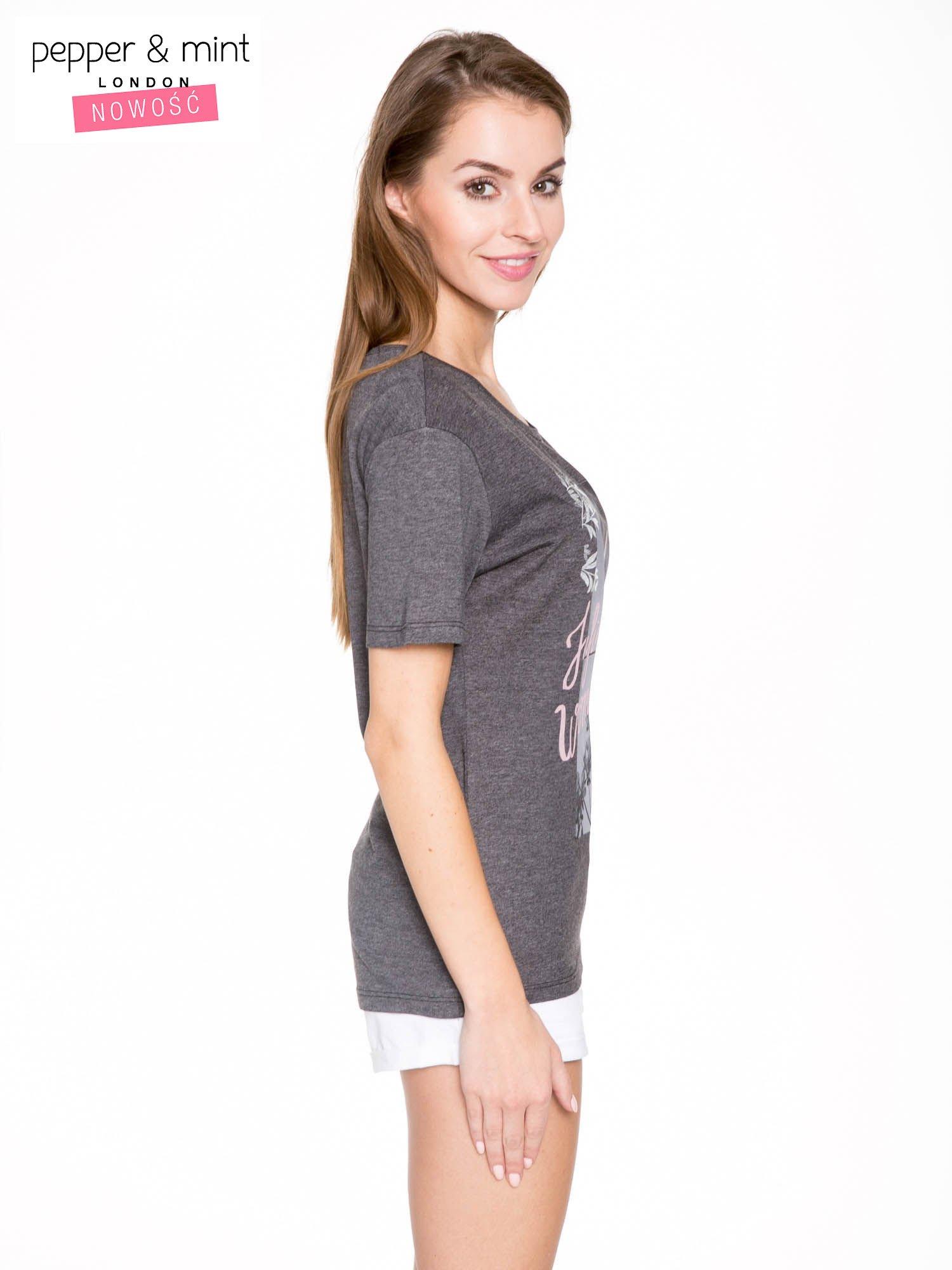 Szary t-shirt z romantycznym nadrukiem dziewczyny                                  zdj.                                  3