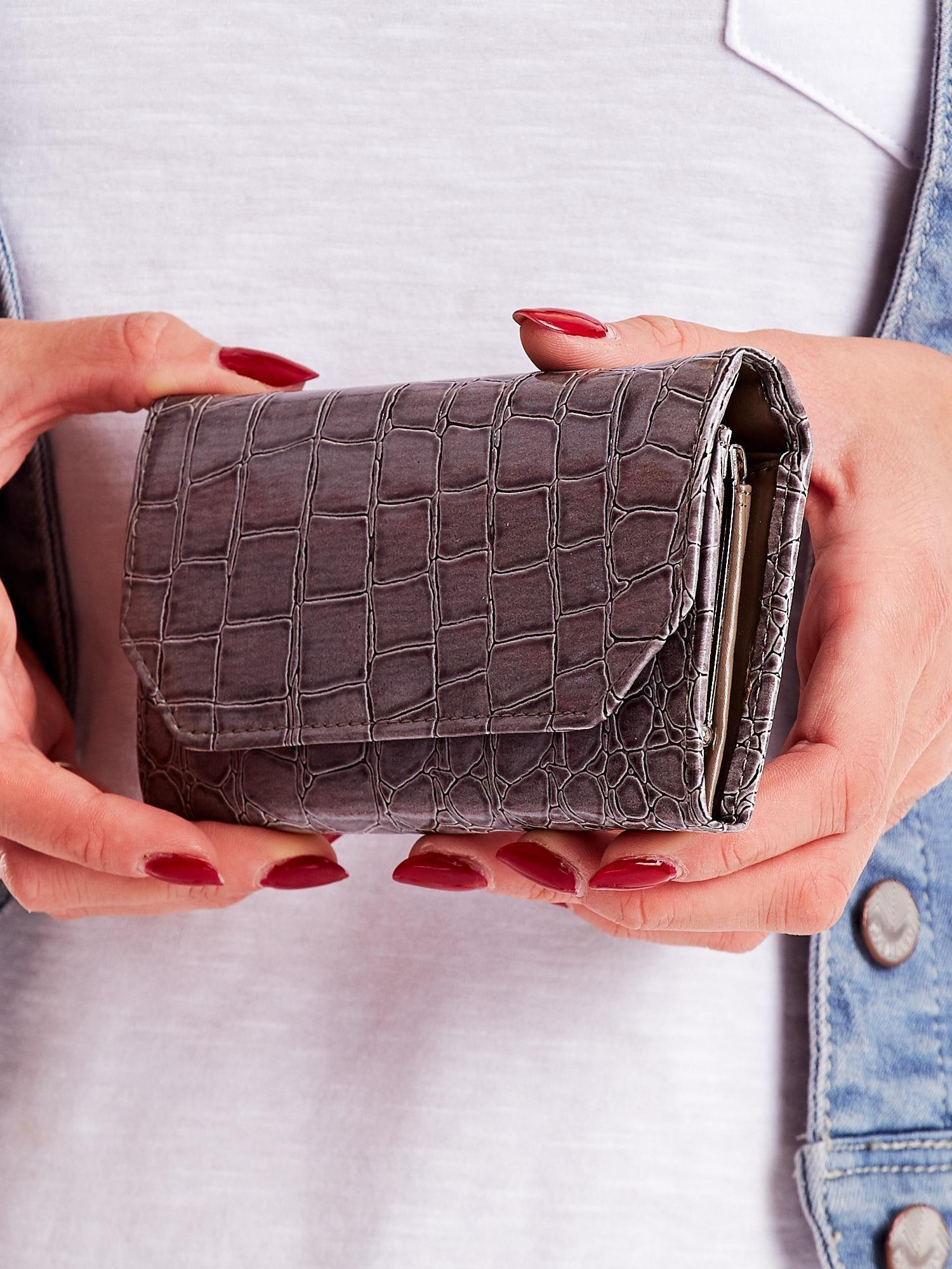 8d280eb65 Szary tłoczony portfel damski ze skóry ekologicznej - Akcesoria ...