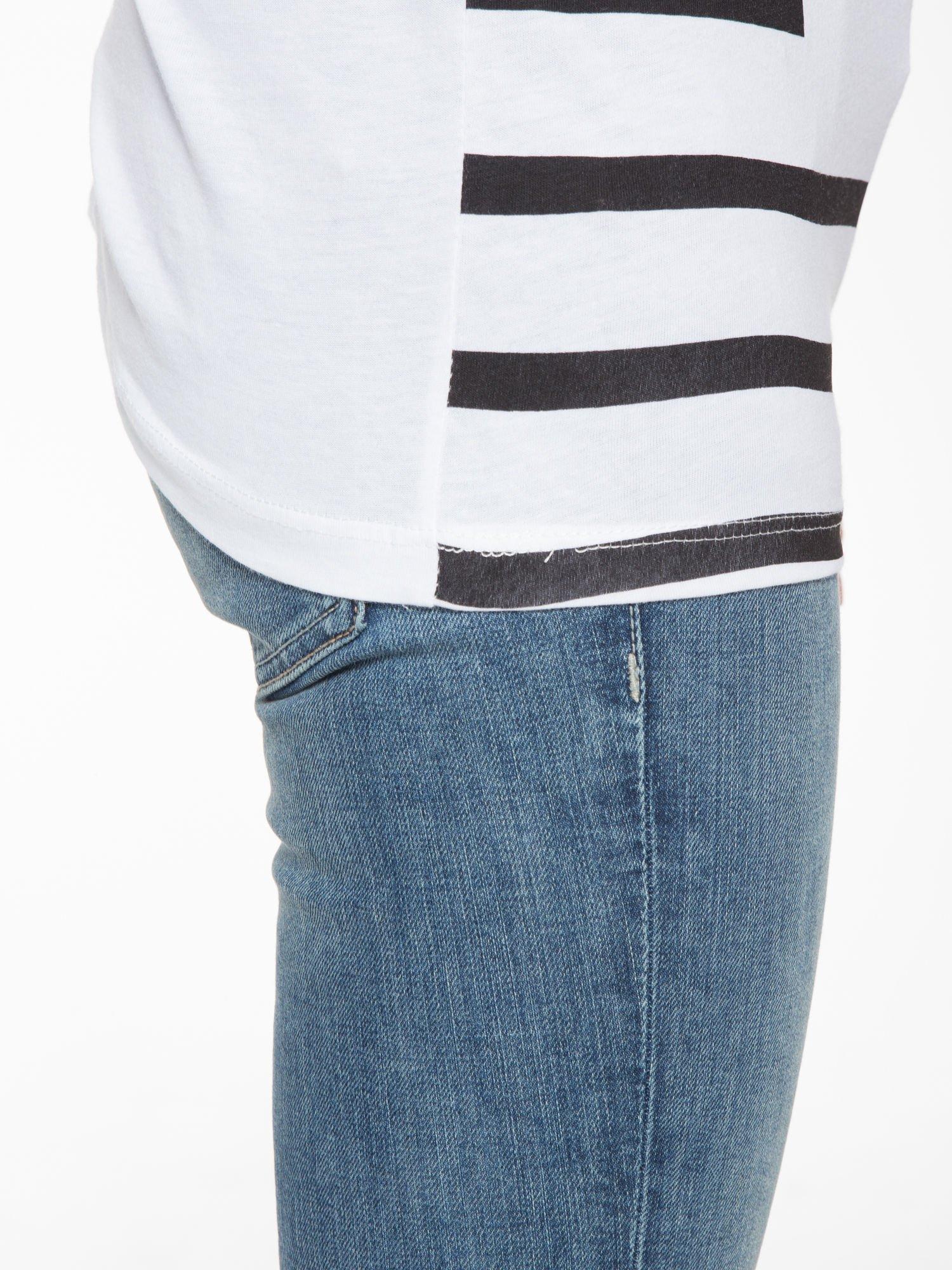 T-shirt w biało-czarne paski z napisem LOVE                                  zdj.                                  11