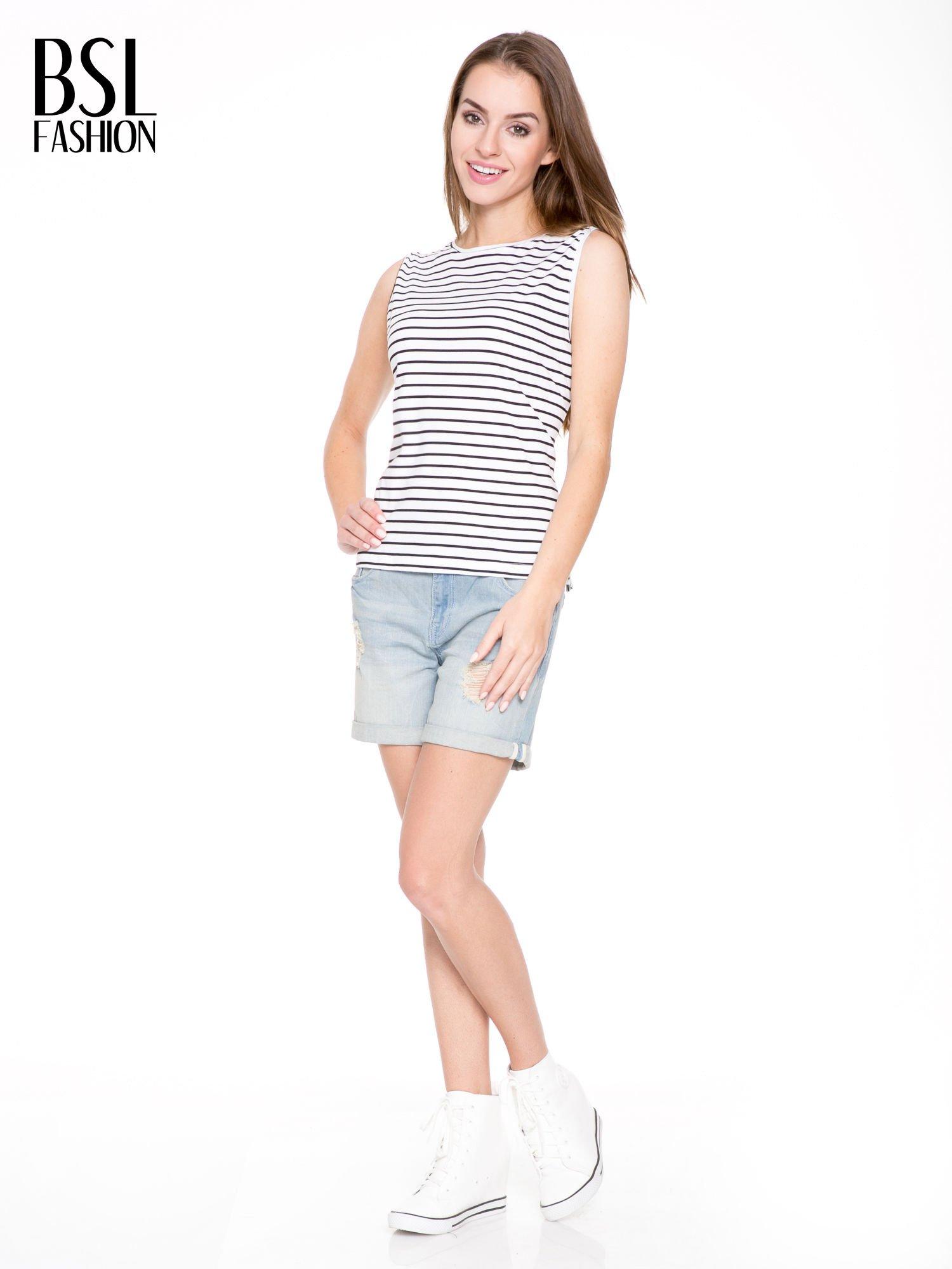 T-shirt w biało-czarne paski z odkrytym tyłem                                  zdj.                                  5
