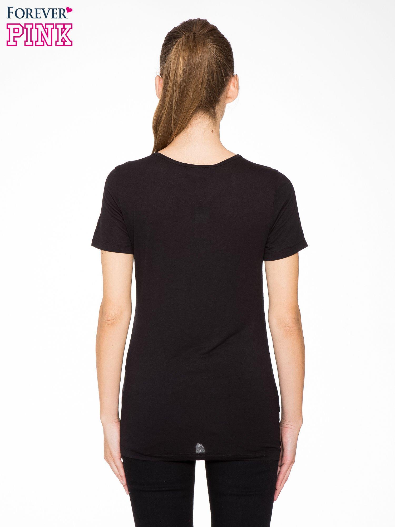 T-shirt w biało-czarne paski z siateczkową górą                                  zdj.                                  4