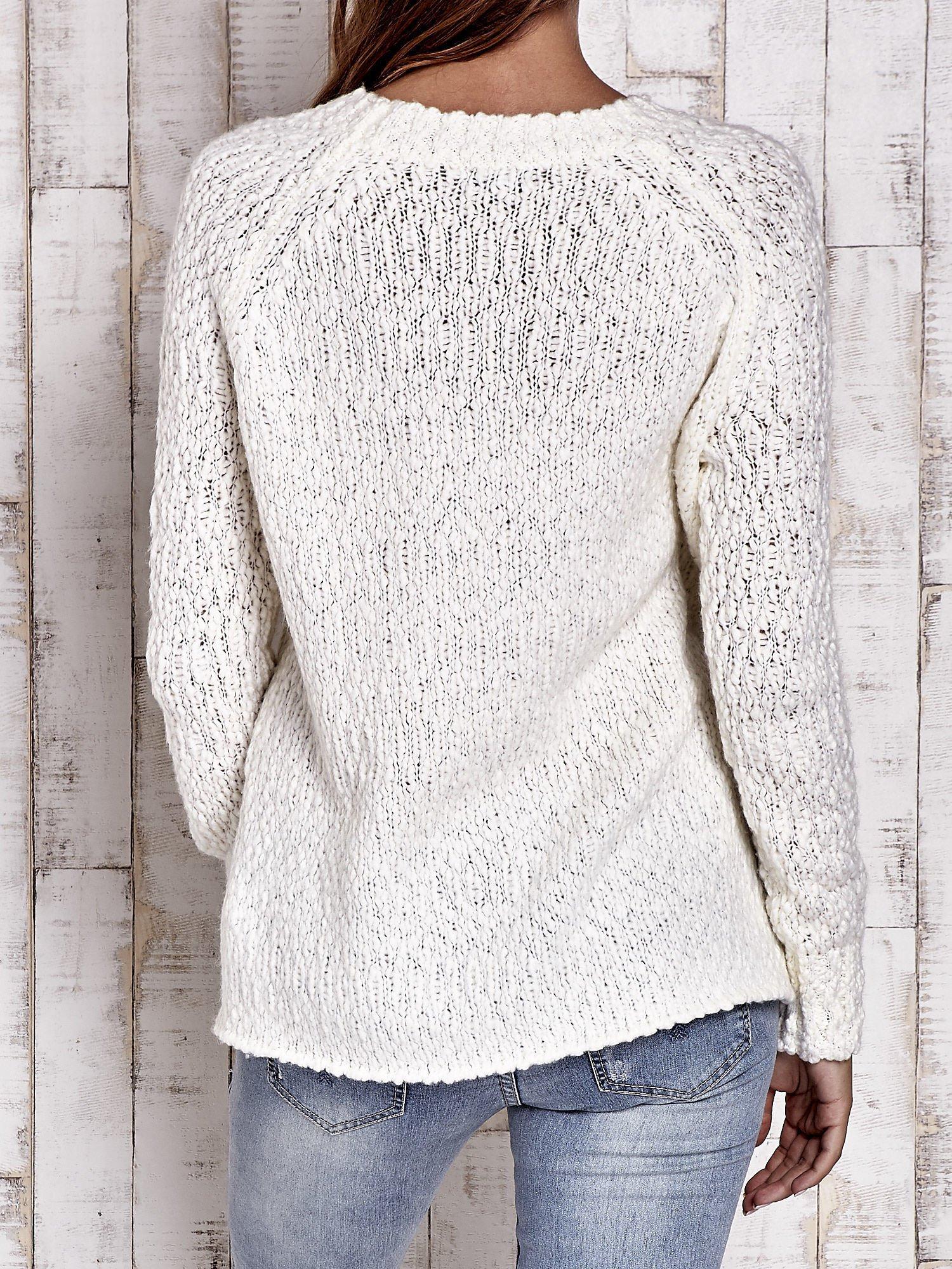 TOM TAILOR Ecru włóczkowy sweter                                  zdj.                                  2