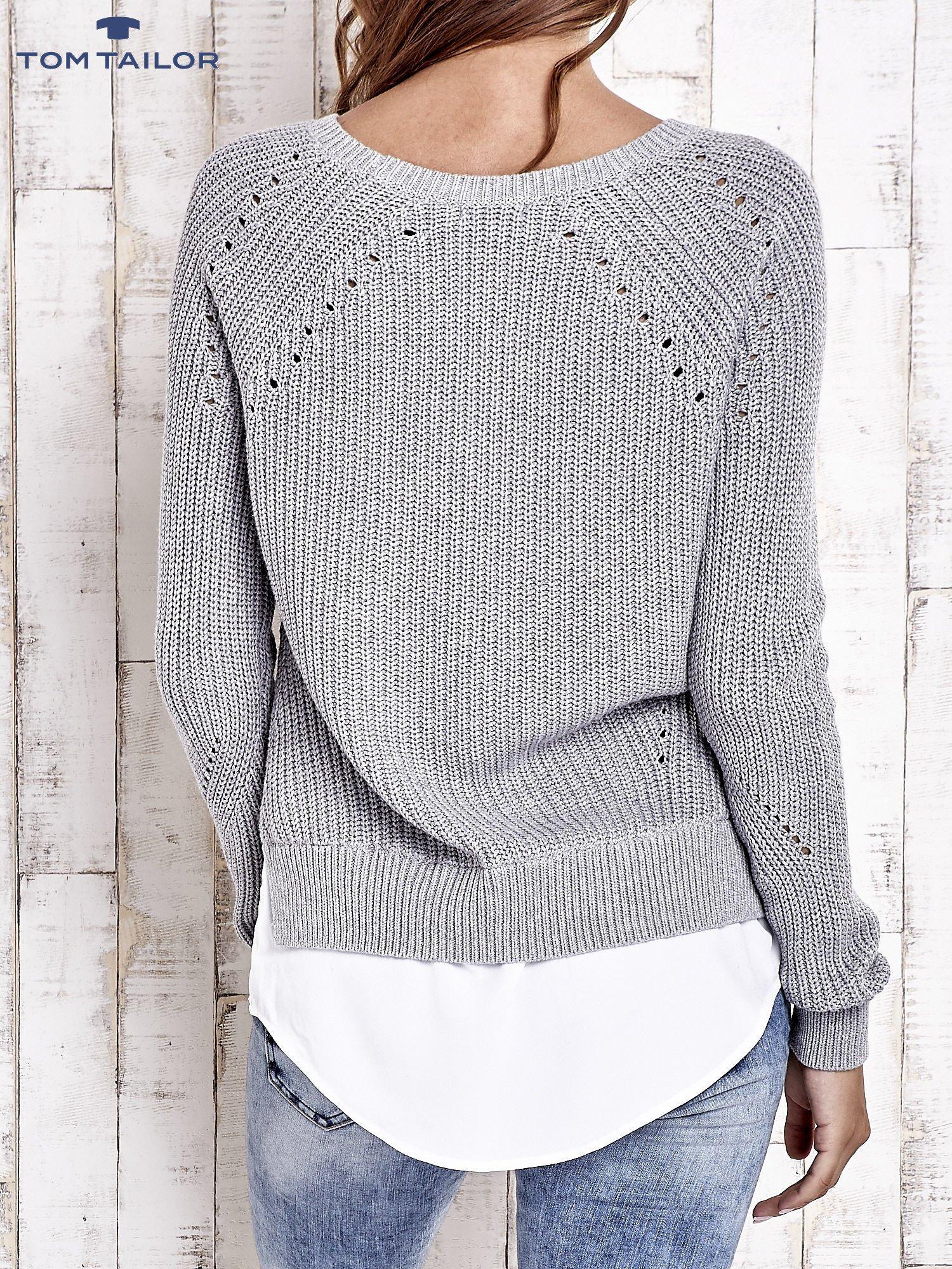 TOM TAILOR Szary sweter z koszulą                                  zdj.                                  3