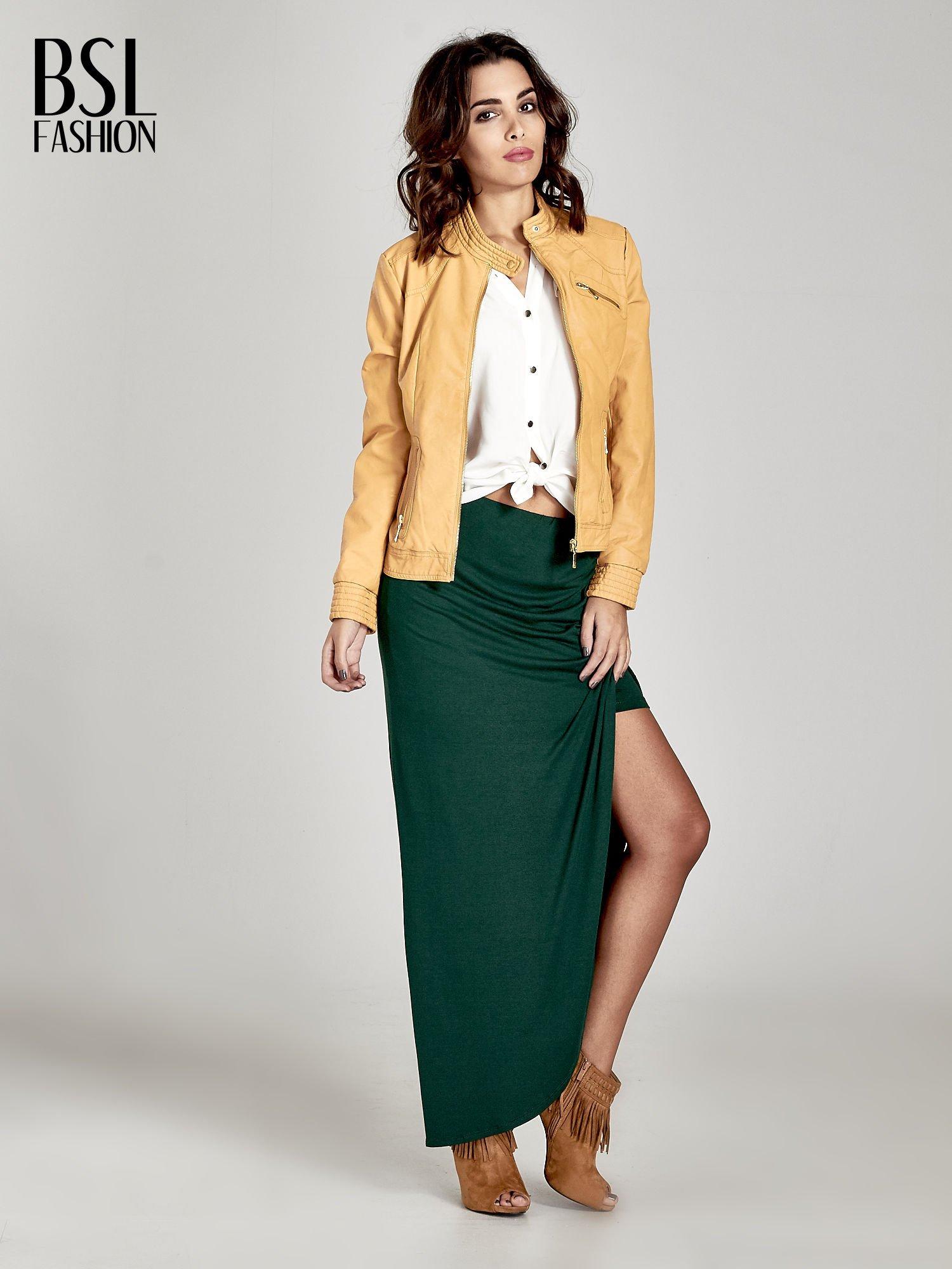 Zielona asymetryczna spódnica maxi z drapowaniem i rozporkiem z boku                                  zdj.                                  2