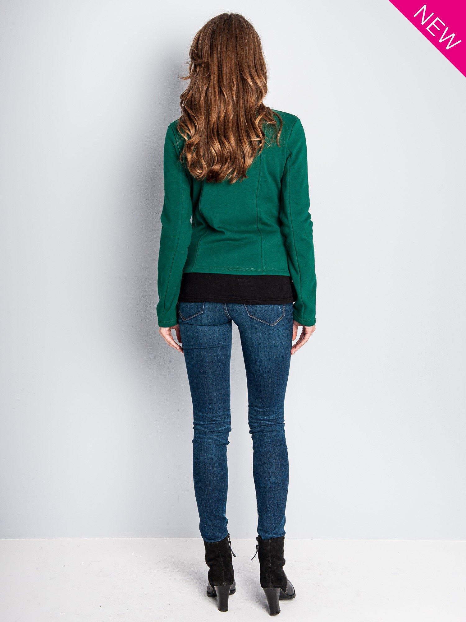 Zielona bluza o kroju ramoneski z asymetrycznym suwakiem                                  zdj.                                  8