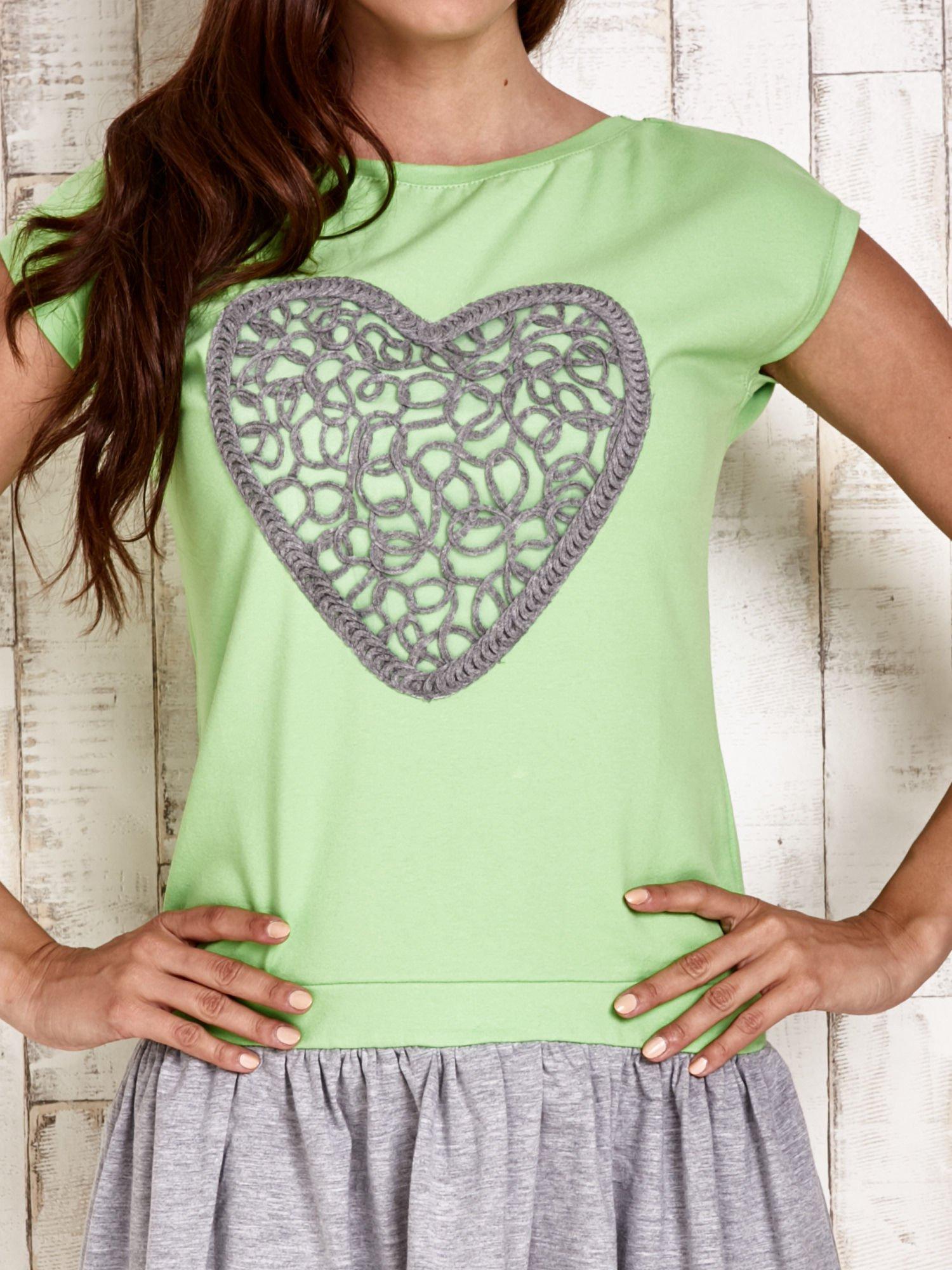 Zielona dresowa sukienka tenisowa z sercem                                  zdj.                                  5