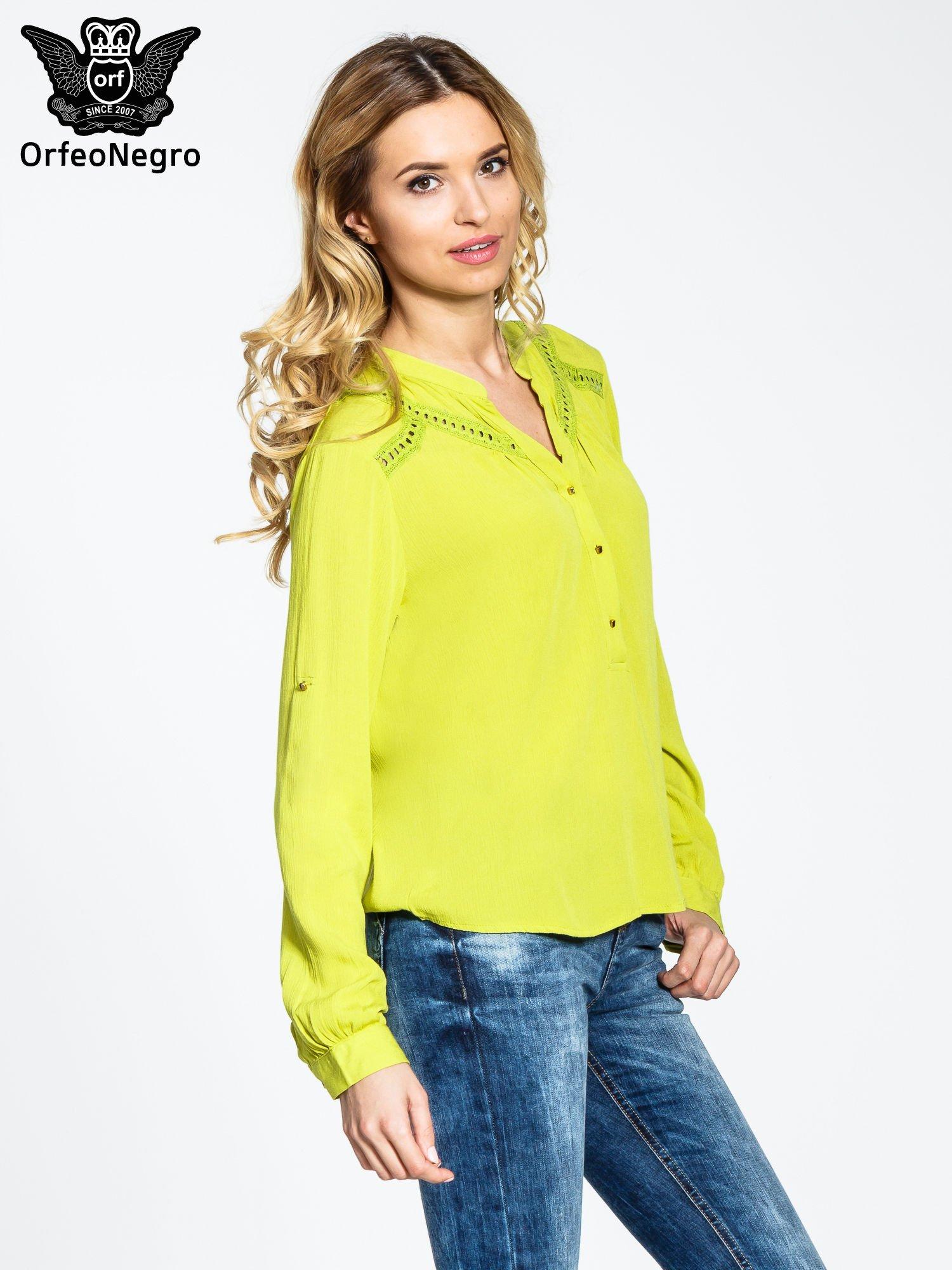 Zielona koszula z ażurowaniem na górze                                  zdj.                                  3