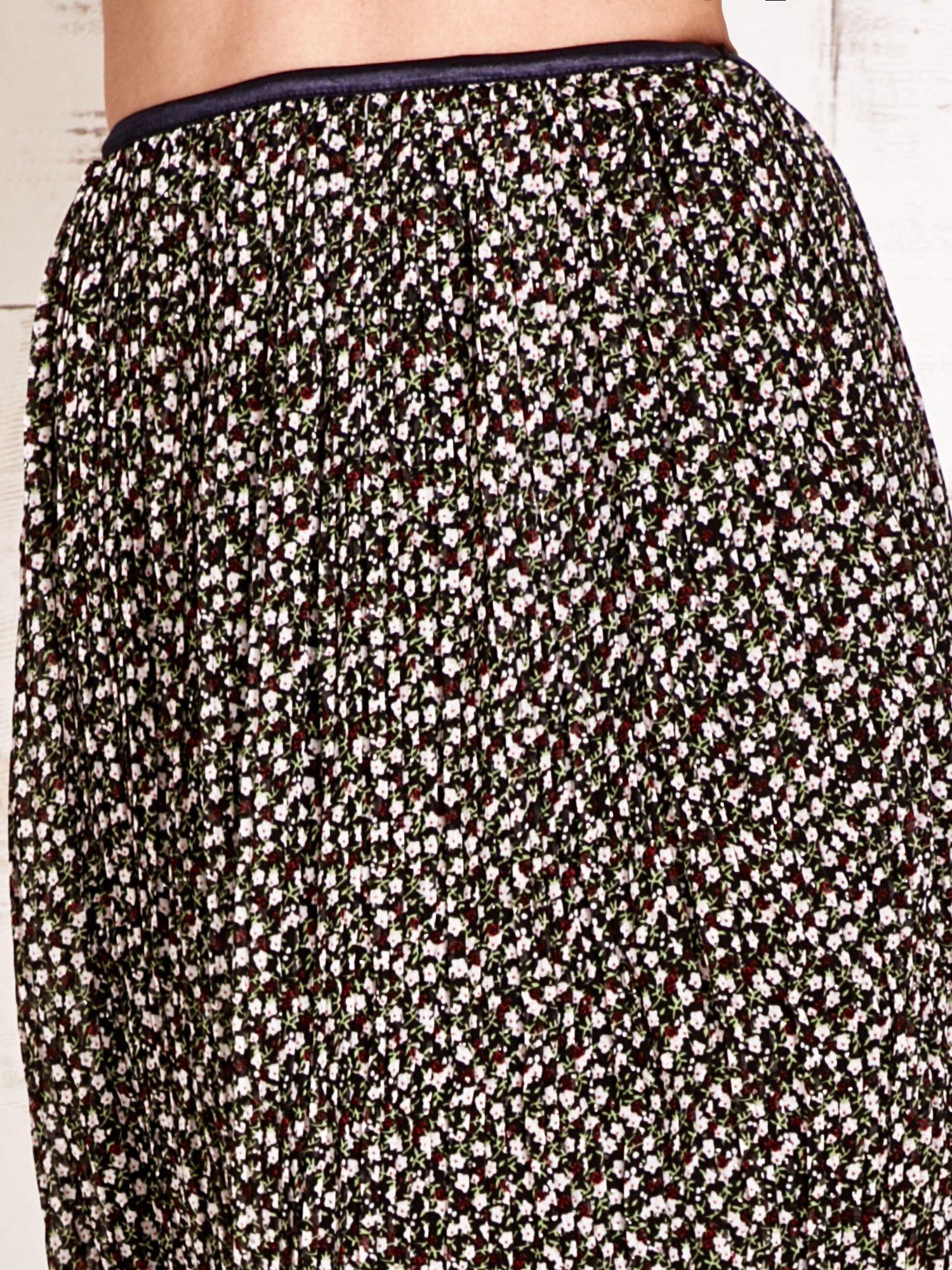Zielona plisowana spódnica midi z brokatem                                  zdj.                                  4
