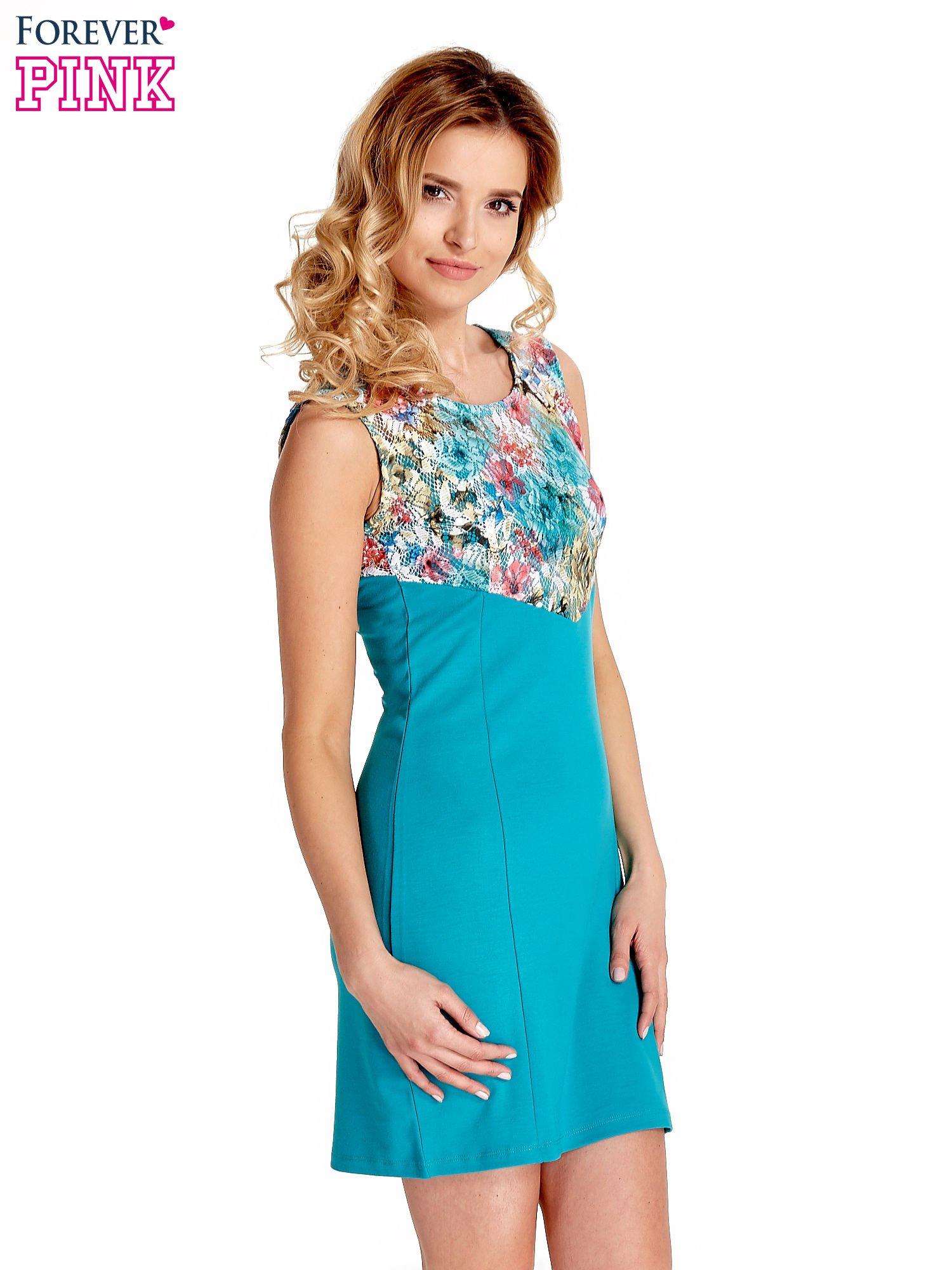 Zielona sukienka z kwiatową koronką                                  zdj.                                  3