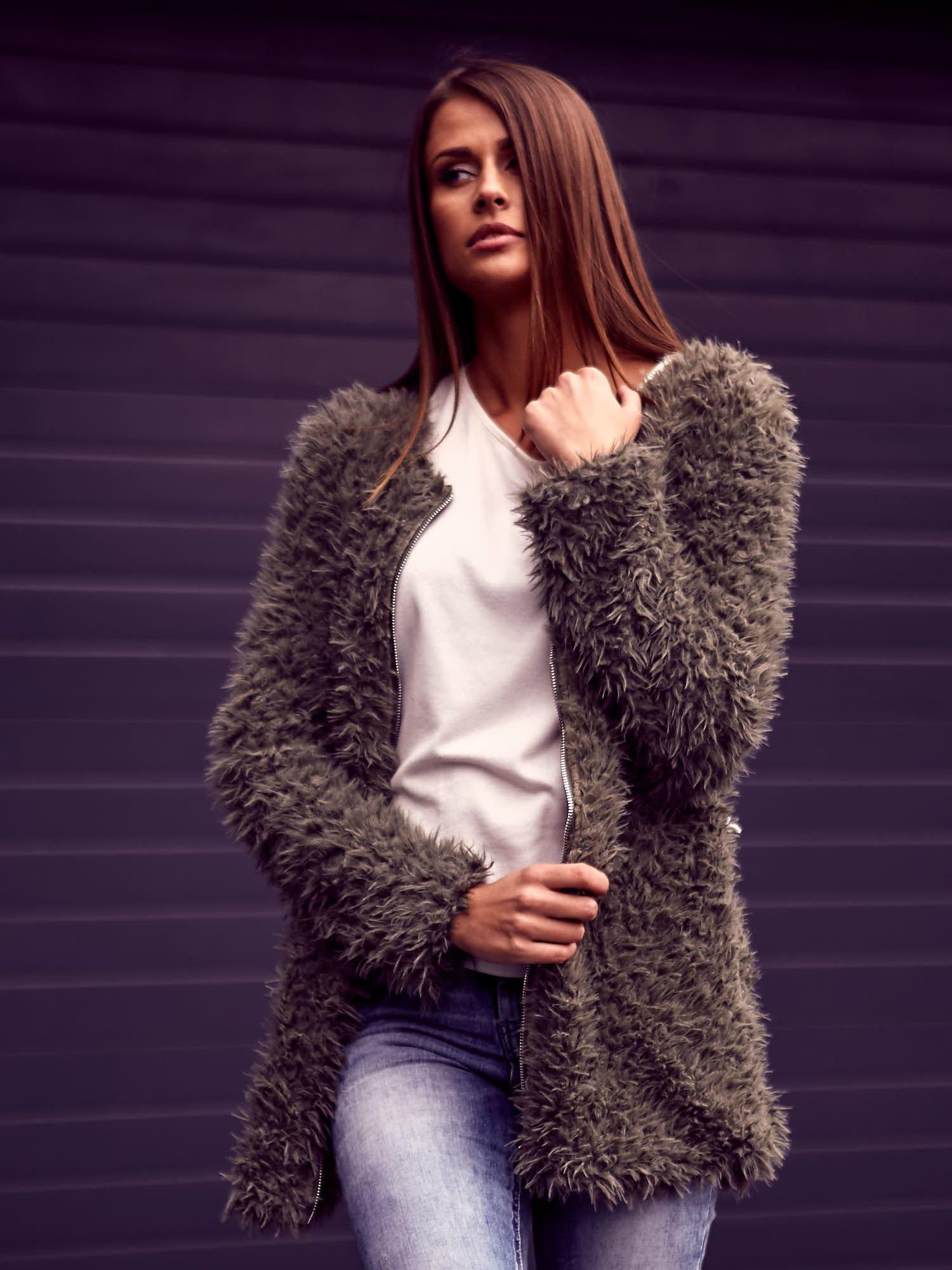 Zielony futrzany sweter kurtka na suwak                                  zdj.                                  10