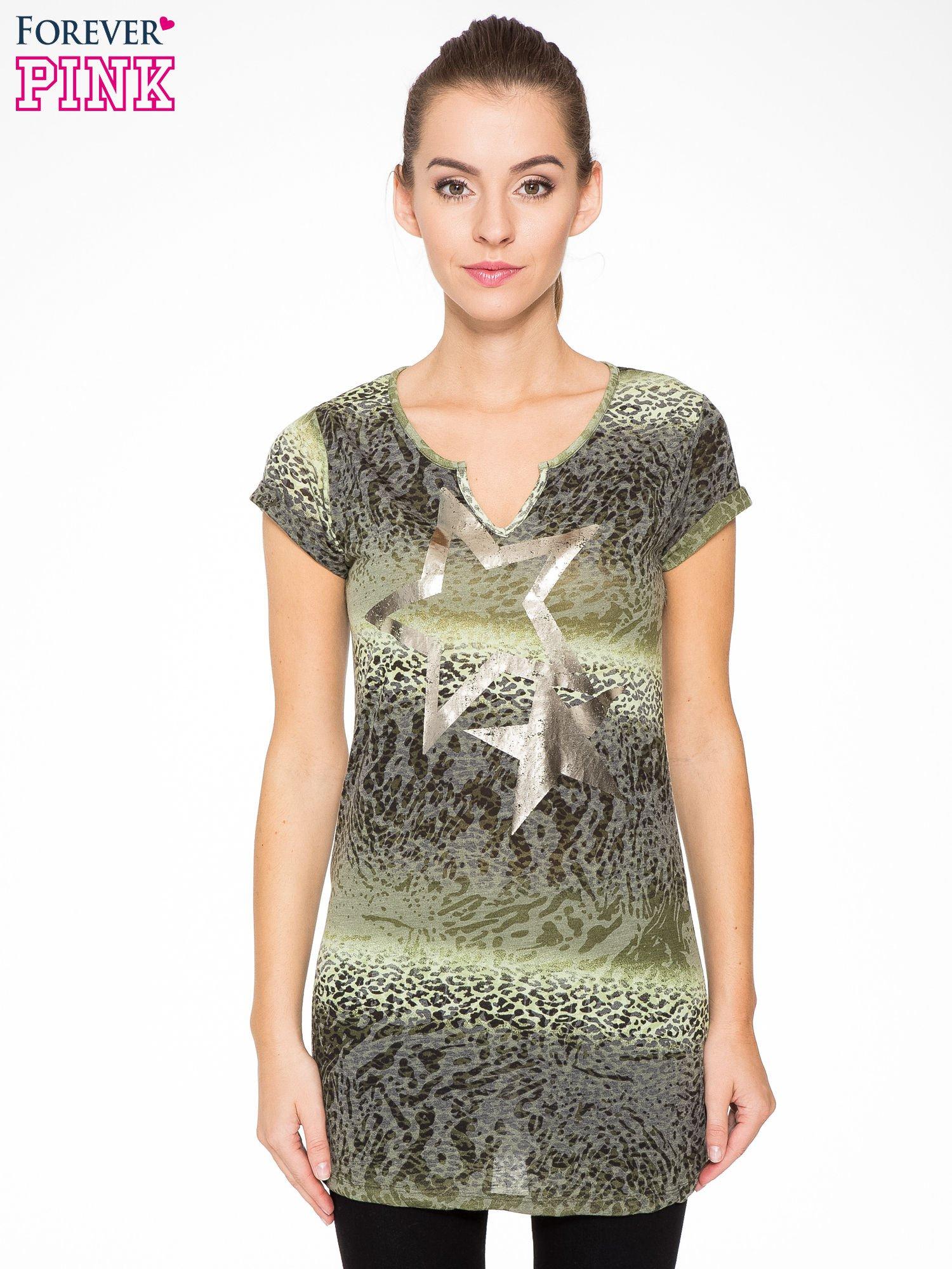 Zielony panterkowy t-shirt z nadrukiem gwiazdy                                  zdj.                                  1