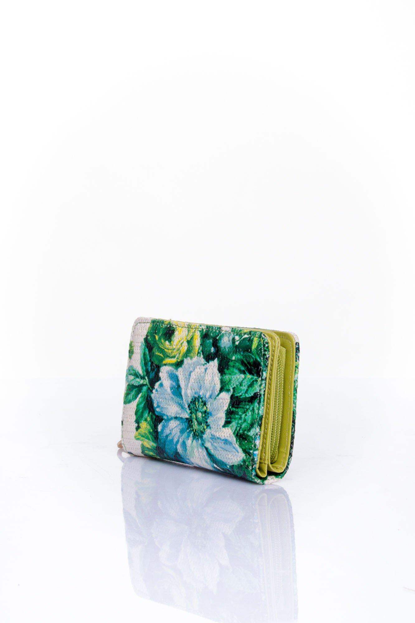 Zielony portfel z kwiatowym nadrukiem                                  zdj.                                  3